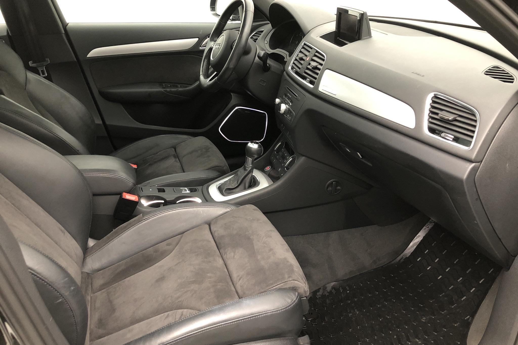 Audi Q3 2.0 TDI quattro (184hk) - 8 995 mil - Automat - svart - 2017