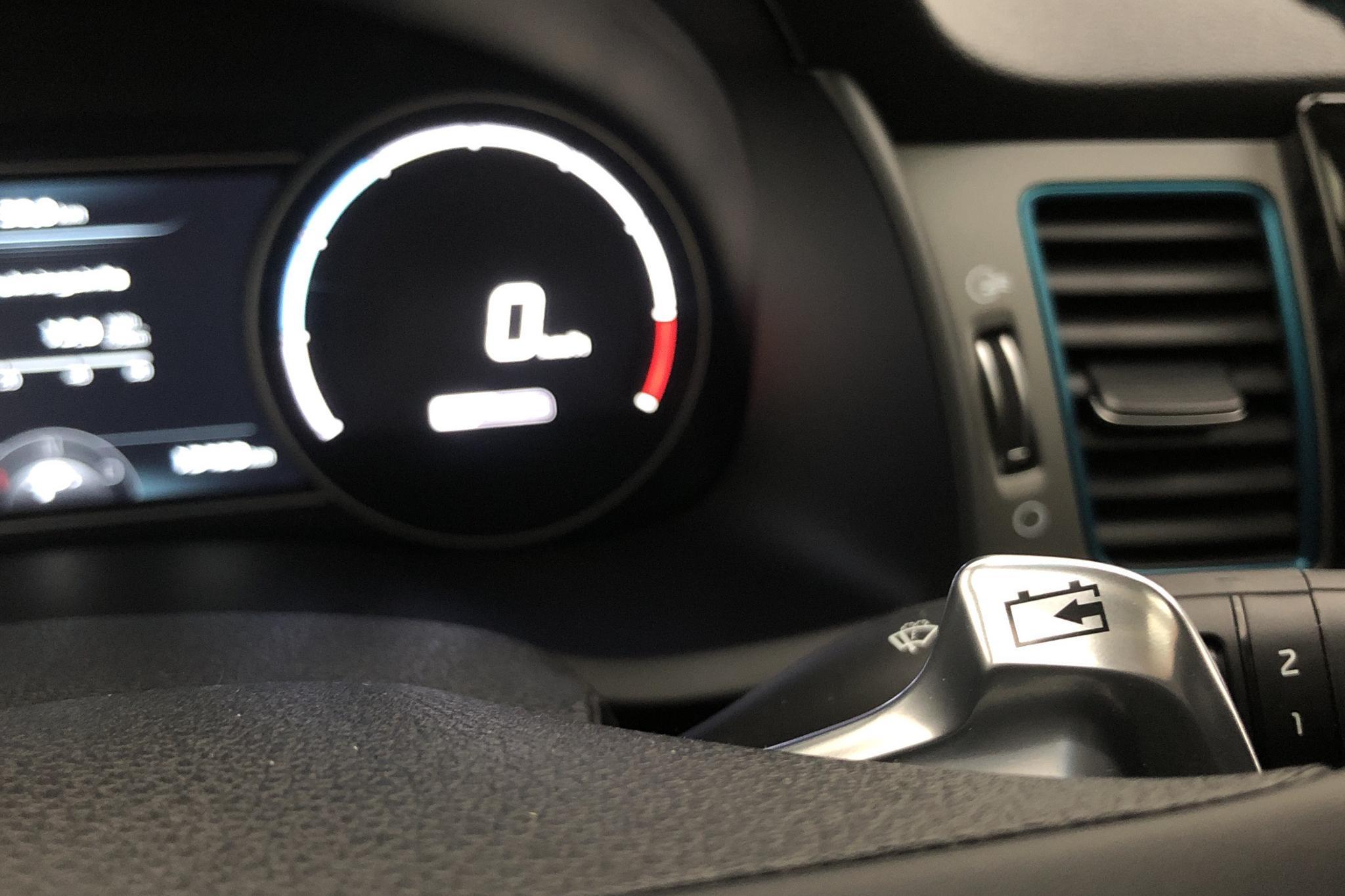 KIA Niro EV 64 kWh (204hk) - 13 490 km - Automatic - white - 2019