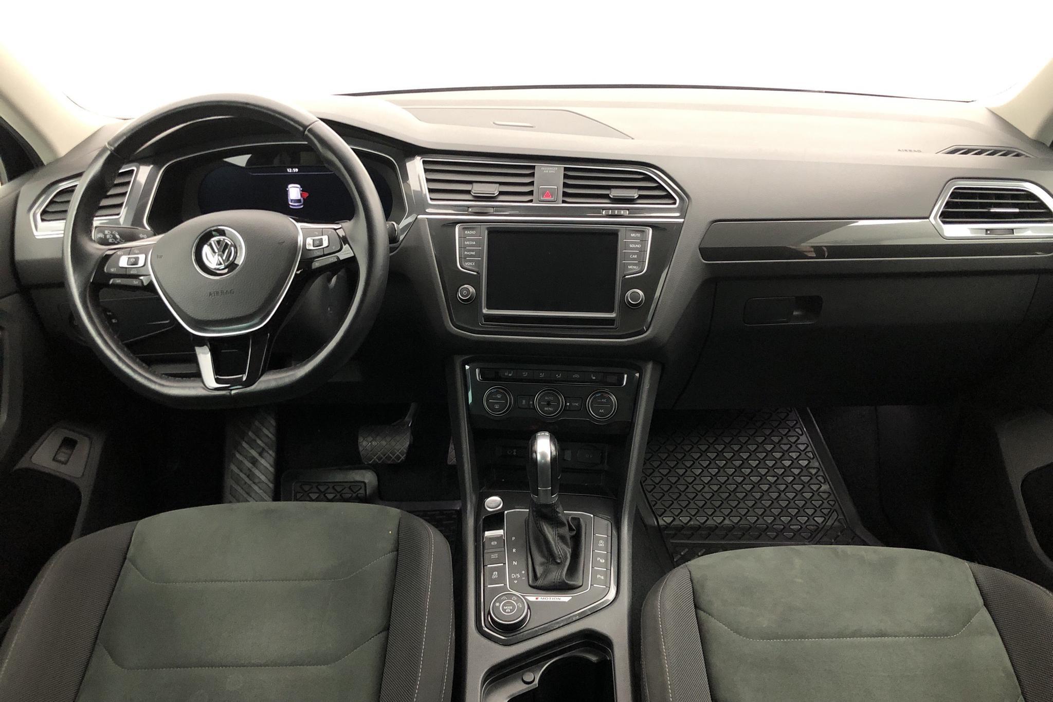VW Tiguan 2.0 TDI 4MOTION (190hk) - 101 760 km - Automatic - Dark Blue - 2016
