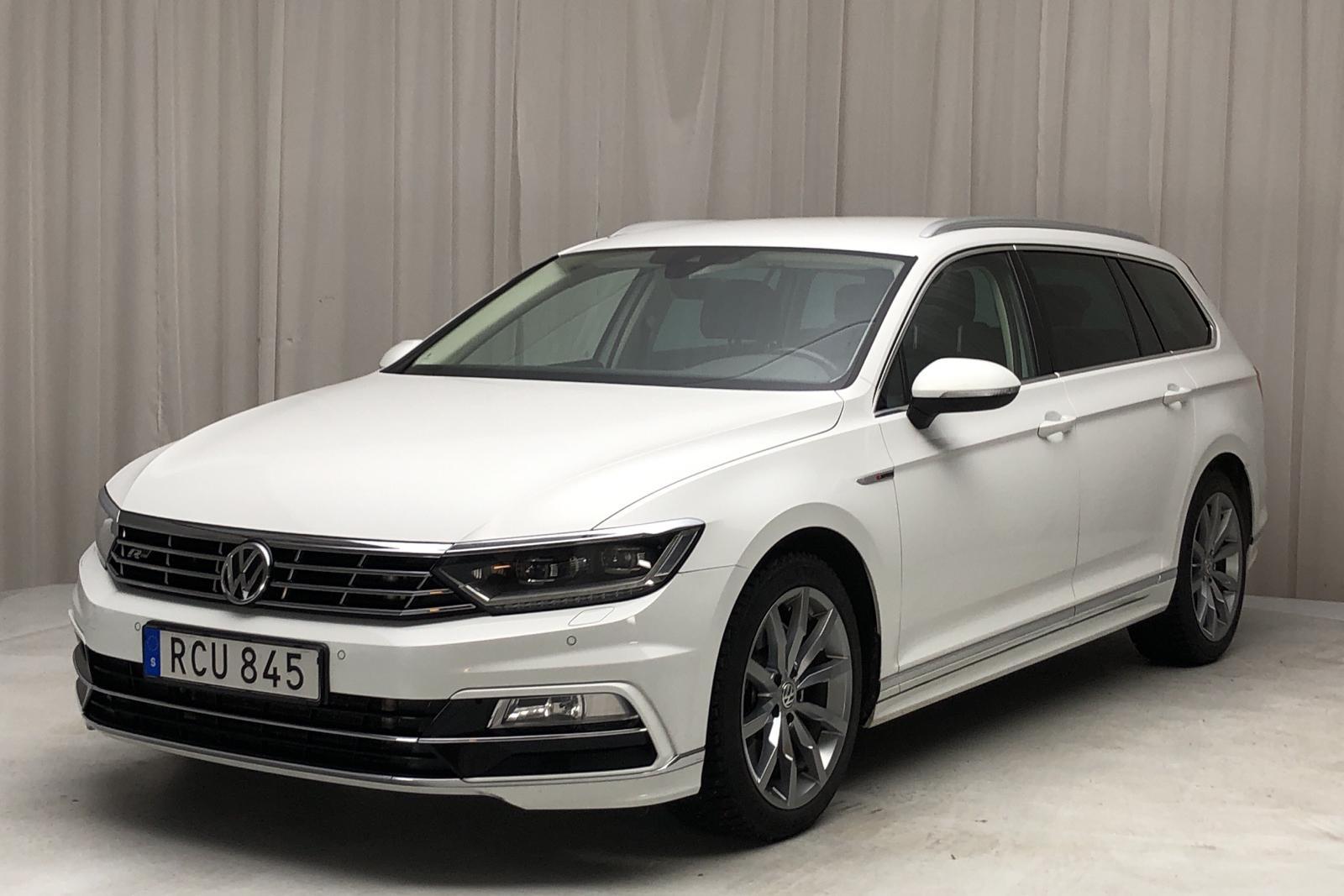 VW Passat 2.0 TDI BiTurbo 4MOTION (240hk) - 10 308 mil - Automat - vit - 2018