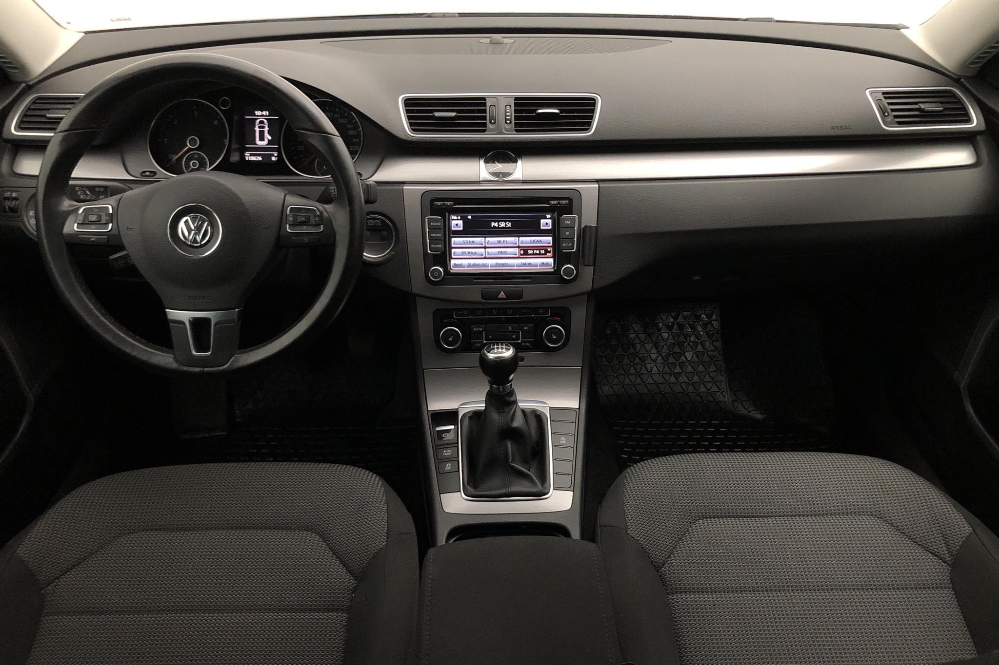VW Passat 2.0 TDI BlueMotion Technology Variant (140hk) - 11 862 mil - Manuell - Light Brown - 2012