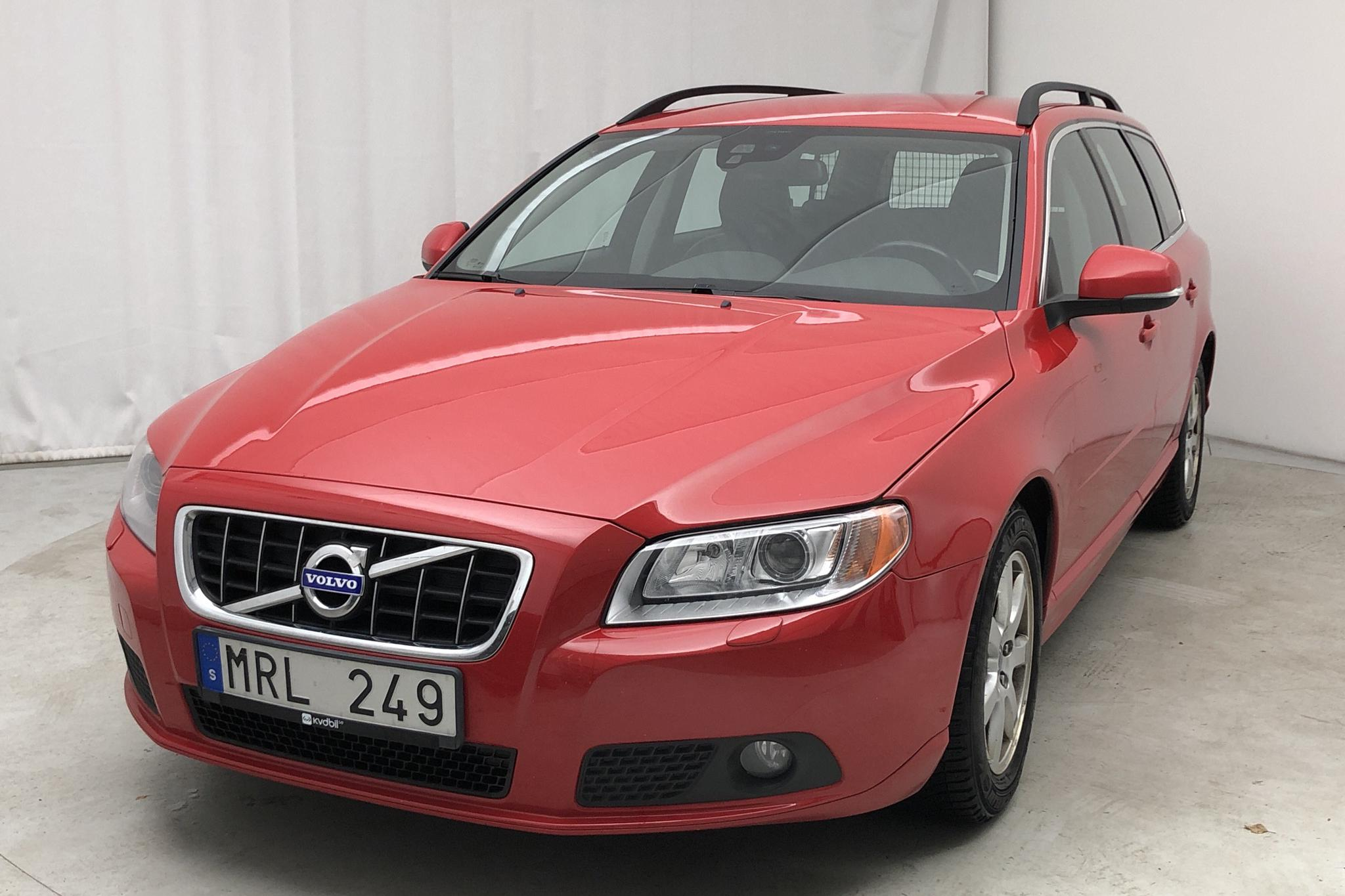 Volvo V70 II 1.6D DRIVe (115hk) - 265 580 km - Manual - red - 2012