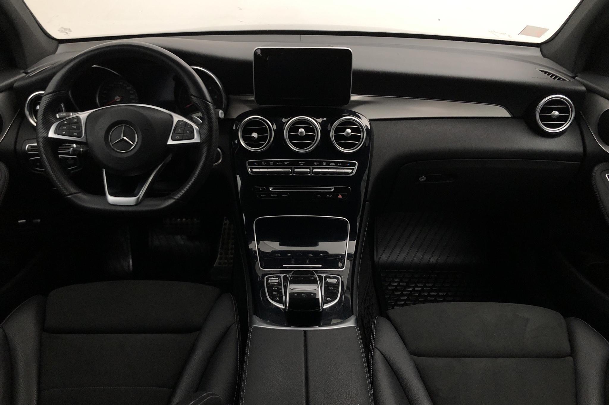 Mercedes GLC 250 d 4MATIC X253 (204hk) - 6 293 mil - Automat - grå - 2017