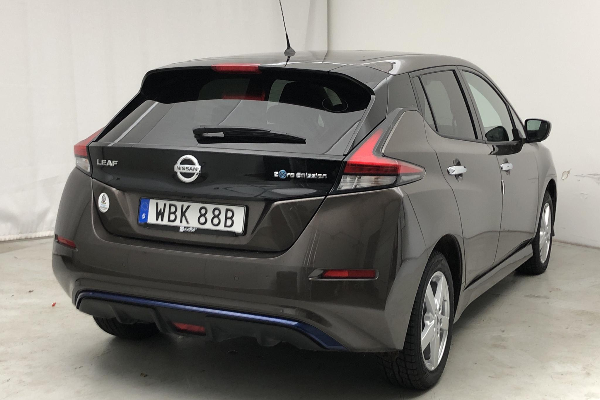 Nissan LEAF 5dr 62 kWh (214hk) - 48 380 km - Automatic - brown - 2020
