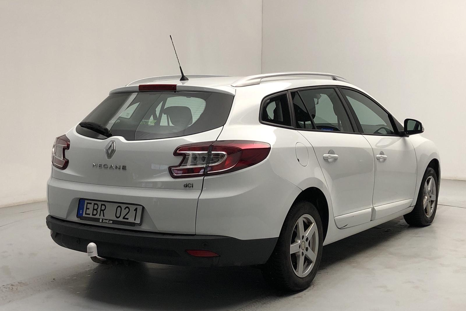Renault Mégane Phas III 1.5 dCi ESM Sports Tourer (110hk) - 96 760 km - Manual - white - 2014