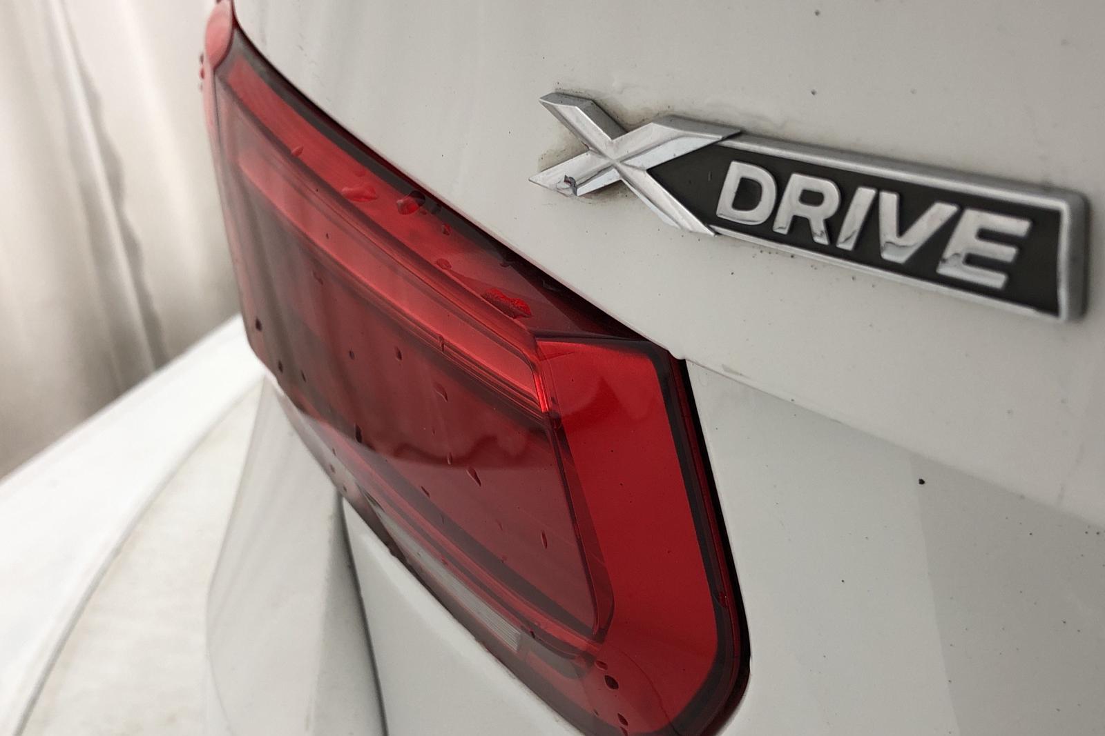 BMW 320d xDrive Touring, F31 (190hk) - 10 313 mil - Automat - vit - 2017