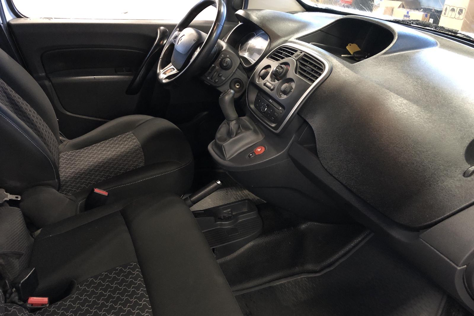 Renault Kangoo 1.5 dCi Maxi skåp (90hk) - 6 467 mil - Manuell - vit - 2017