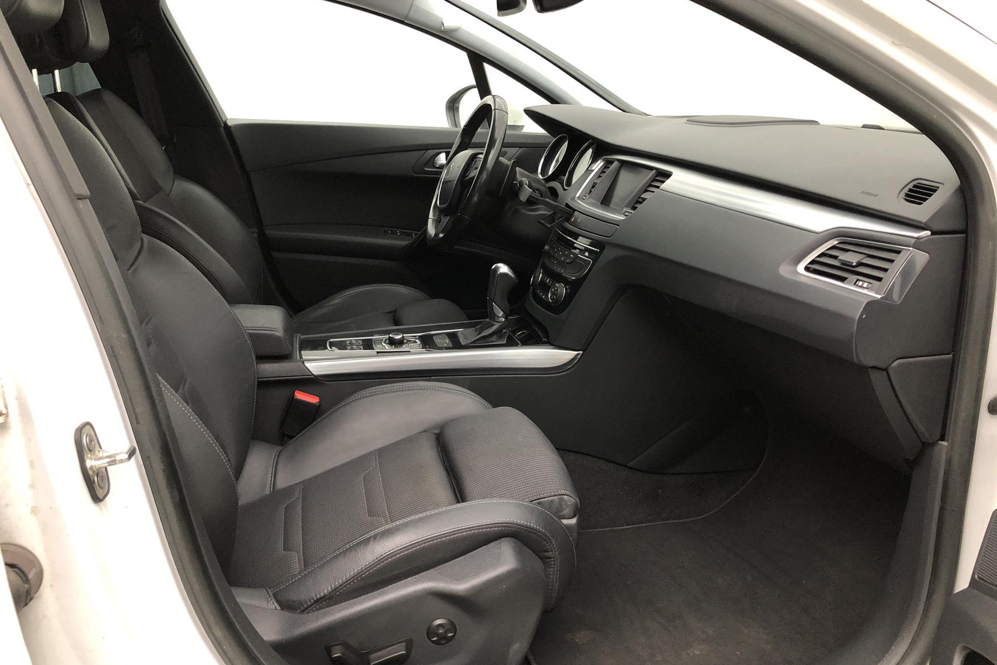 Peugeot 508 SW 2.2 HDi (204hk) - 26 066 mil - Automat - vit - 2013