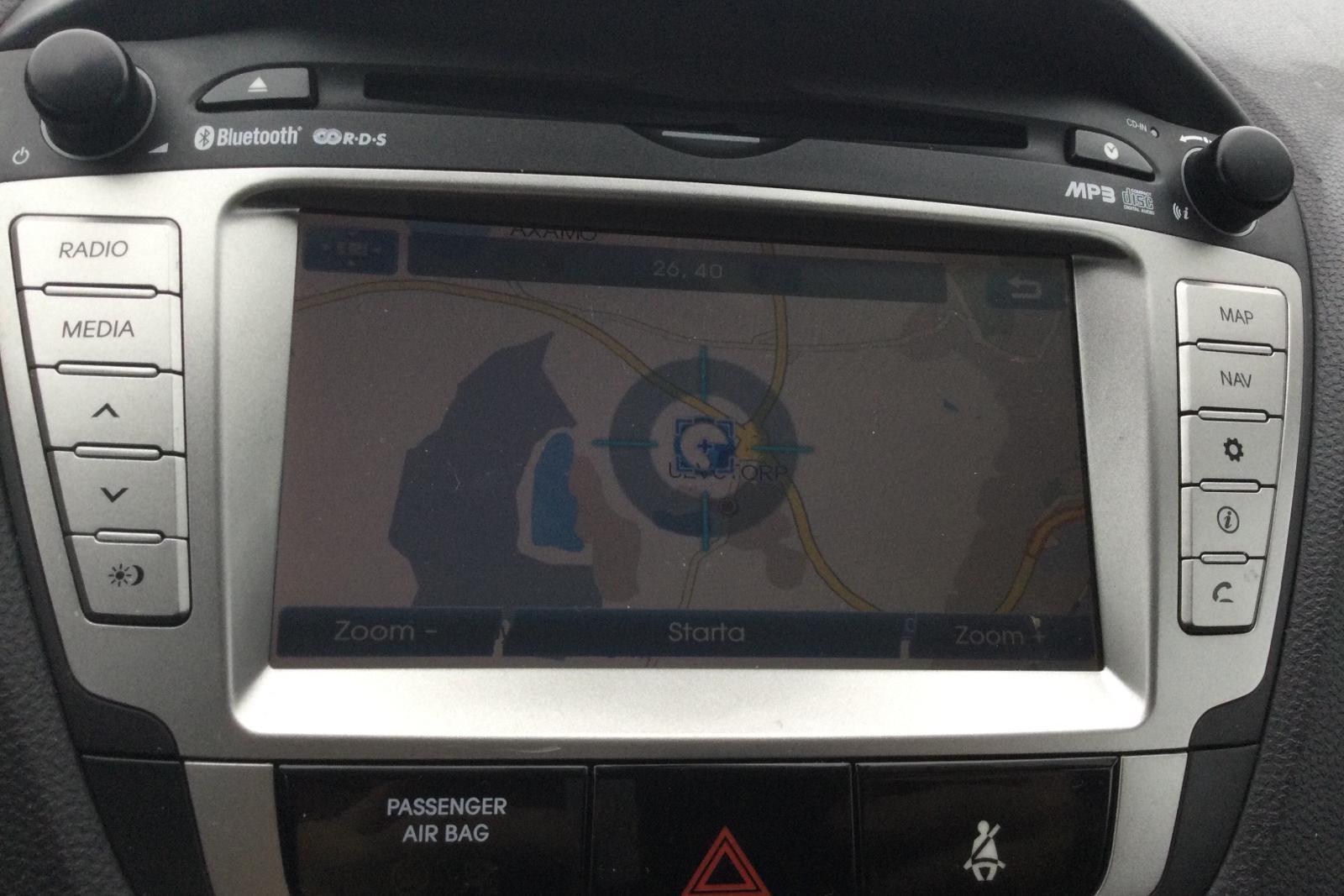 Hyundai ix35 2.0 CRDi-R 4WD (184hk) - 9 444 mil - Automat - silver - 2011
