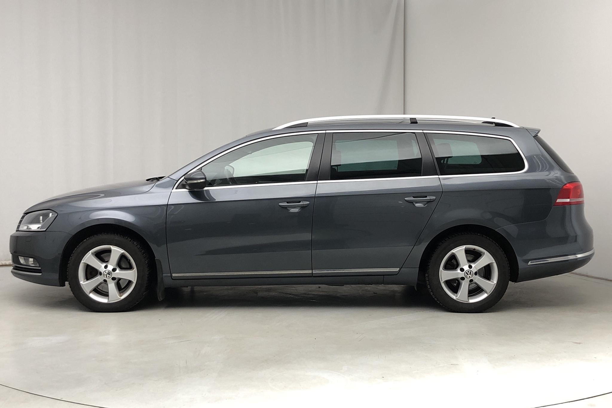 VW Passat 1.4 TSI EcoFuel Variant (150hk) - 173 680 km - Automatic - Dark Grey - 2015