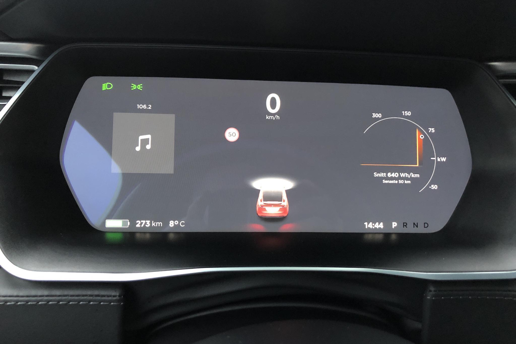 Tesla Model X 90D - 8 922 mil - Automat - röd - 2016