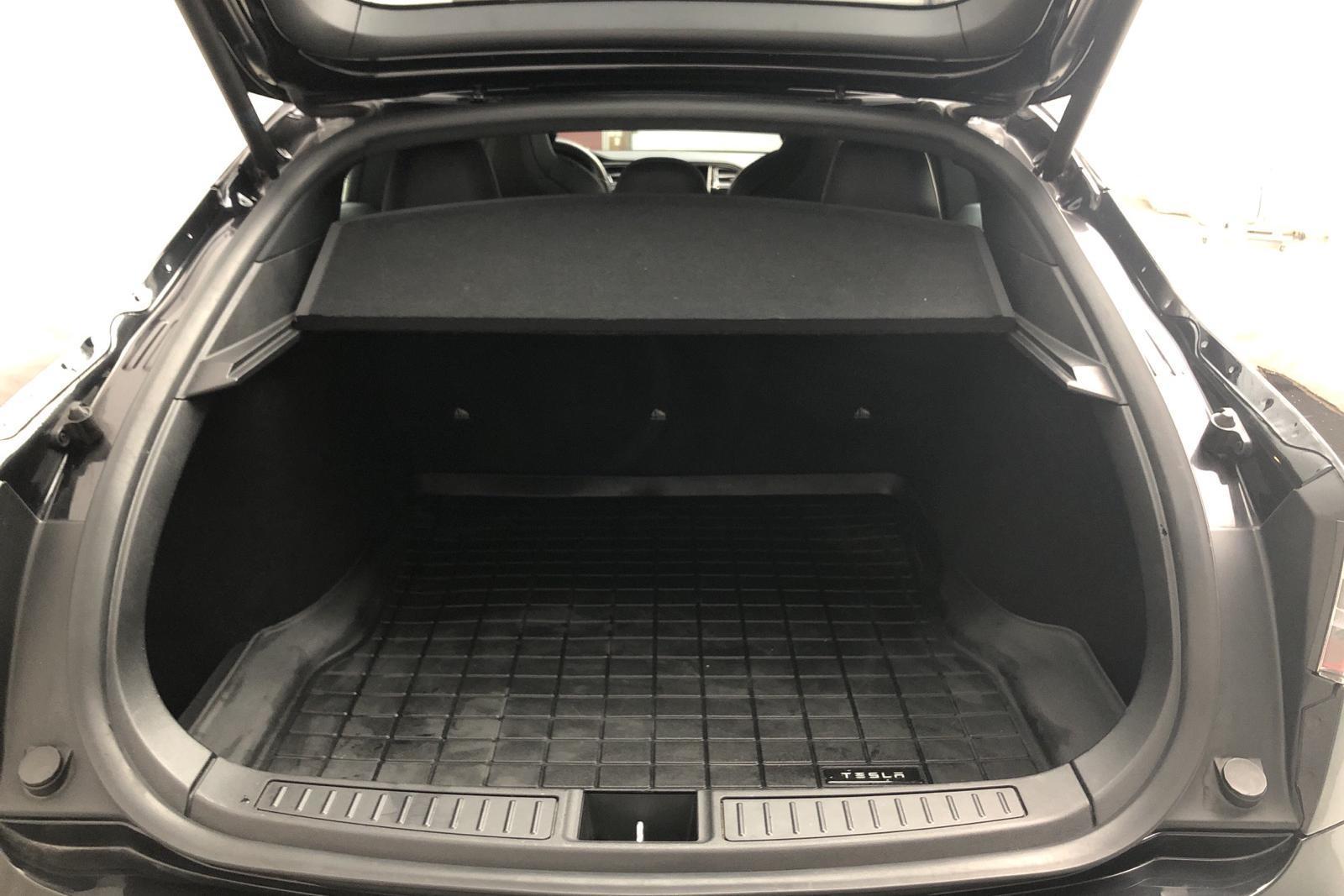 Tesla Model S 75D (525hk) - 6 716 mil - Automat - svart - 2018