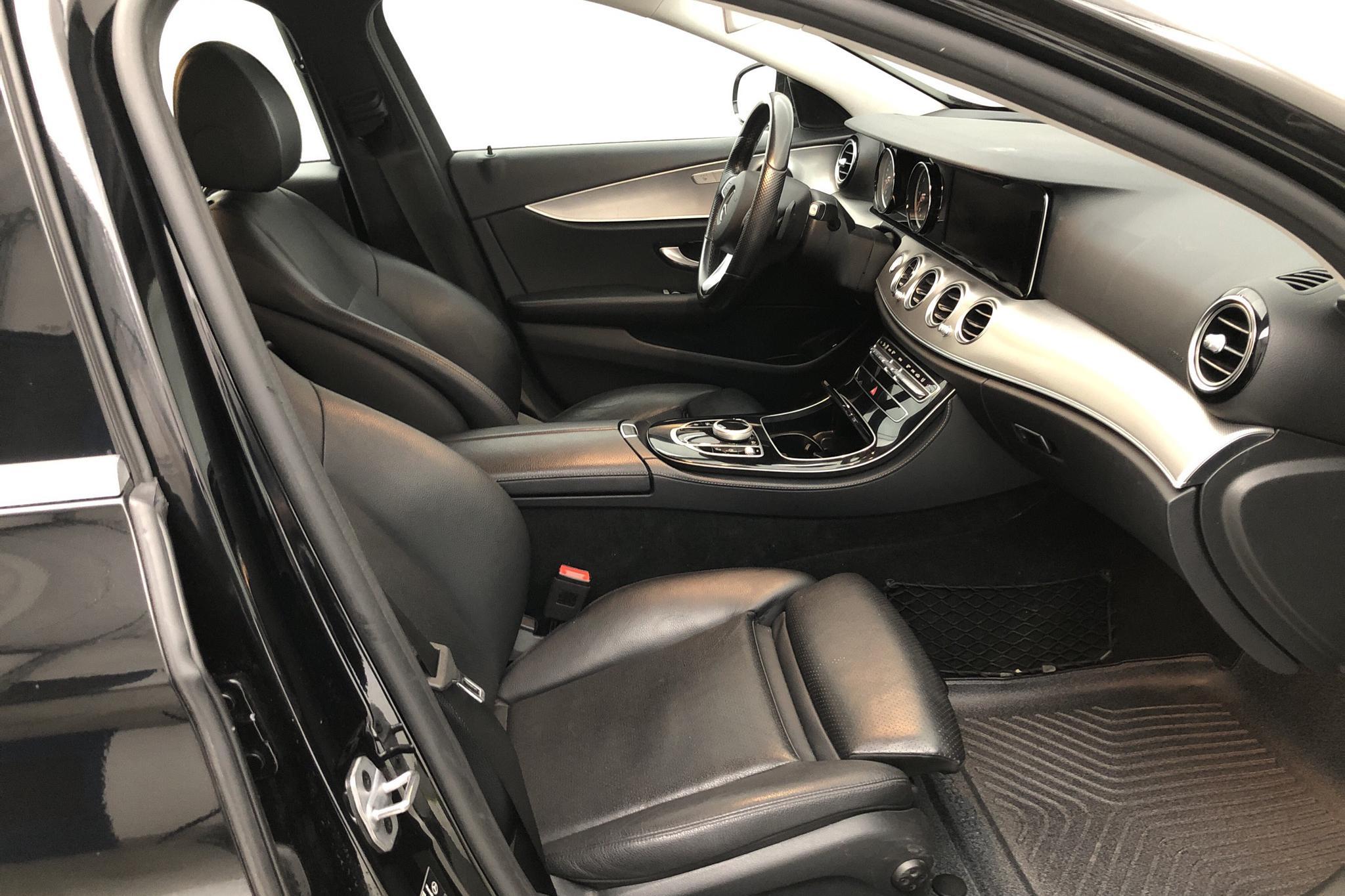 Mercedes E 220 d Kombi S213 (194hk) - 19 964 mil - Automat - svart - 2018