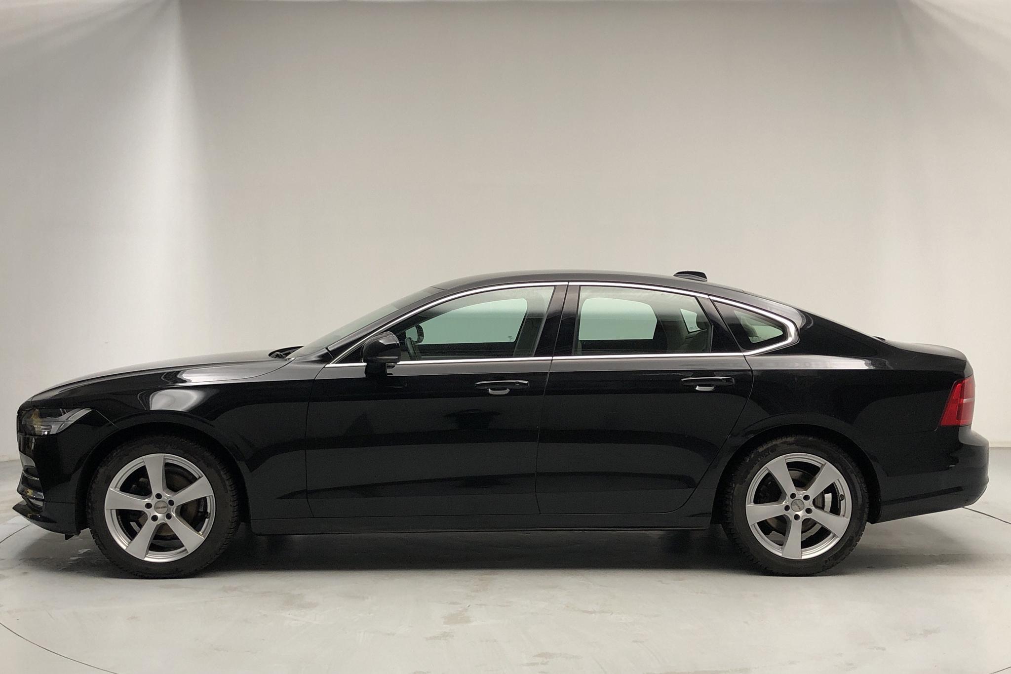 Volvo S90 D3 (150hk) - 54 280 km - Manual - black - 2018