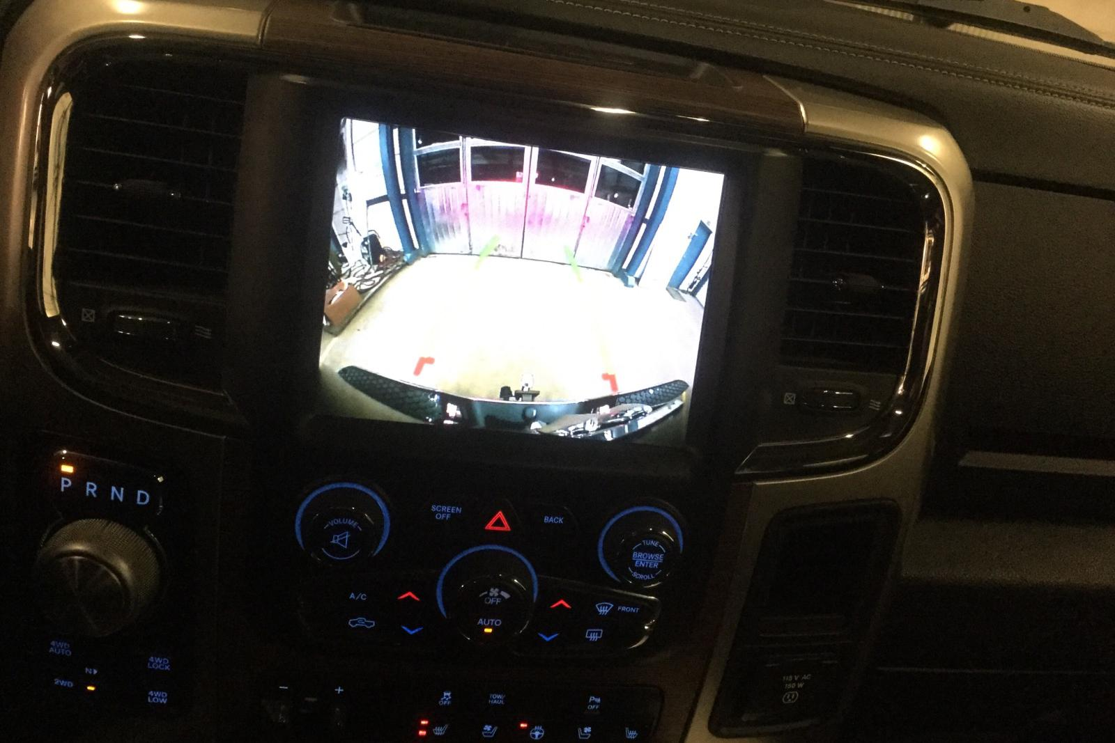 Dodge RAM 1500 3.0 4WD (243hk) - 6 075 mil - Automat - svart - 2017