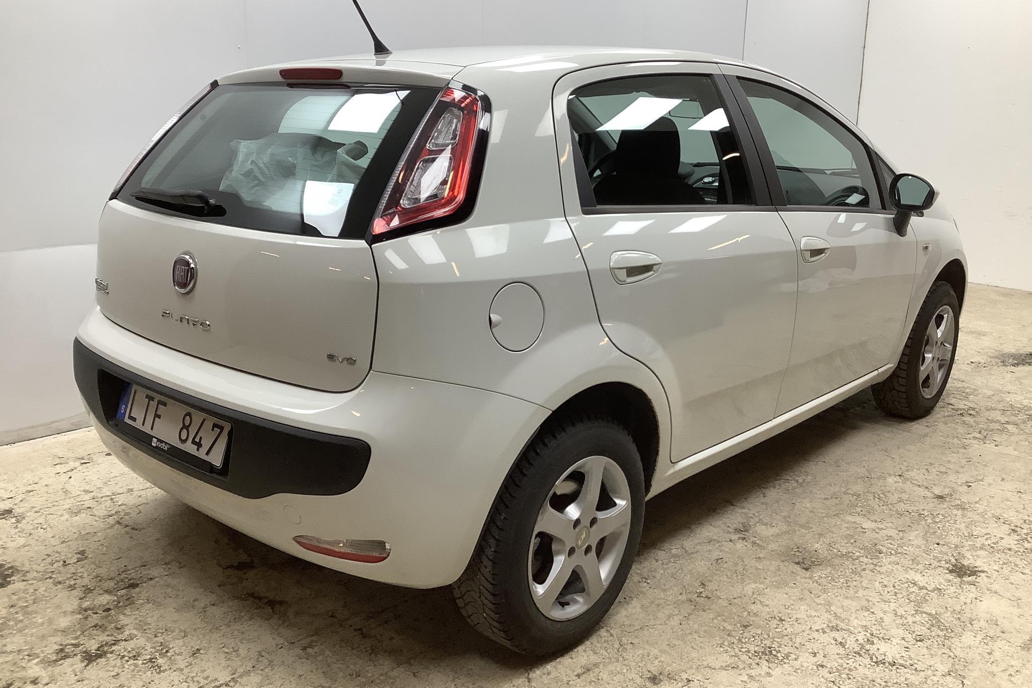 Fiat Punto Evo 1.4 Biogas 5dr (77hk) - 13 195 mil - Manuell - vit - 2011
