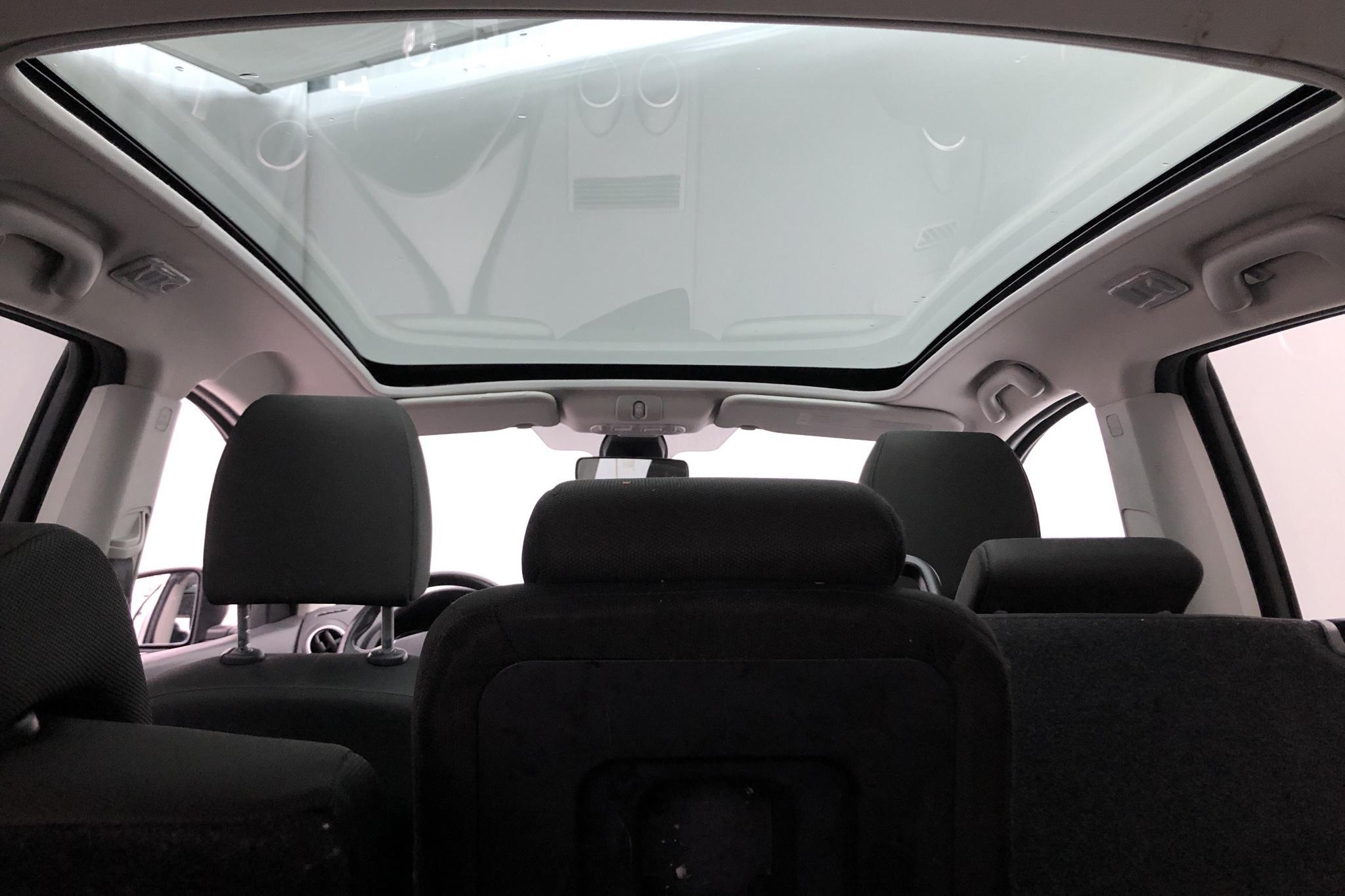 Nissan Qashqai+2 1.5 dCi DPF (110hk) - 146 200 km - Manual - 2011