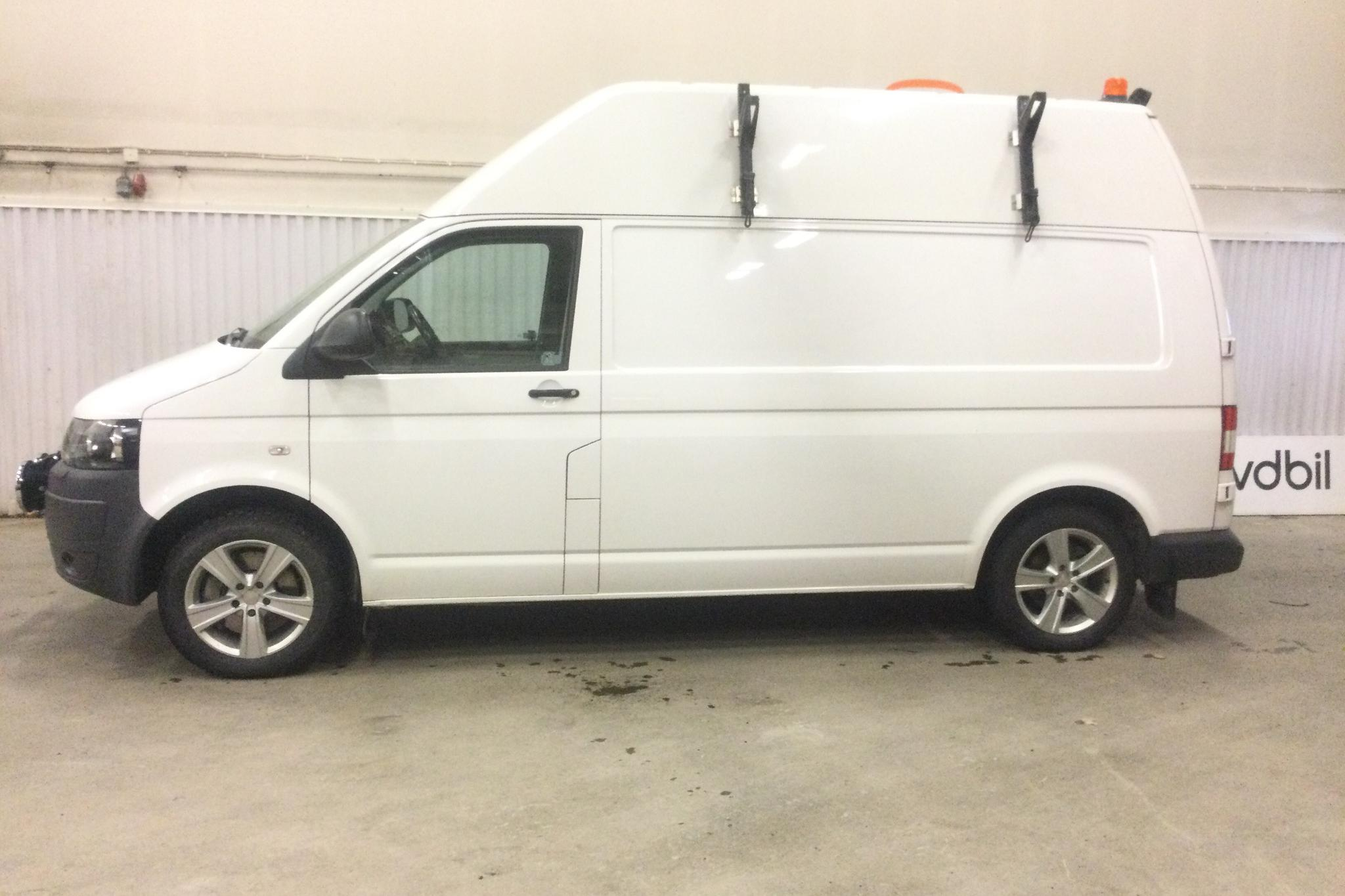 VW Transporter T5 2.0 TDI 4MOTION (180hk) - 145 740 km - Manual - white - 2012