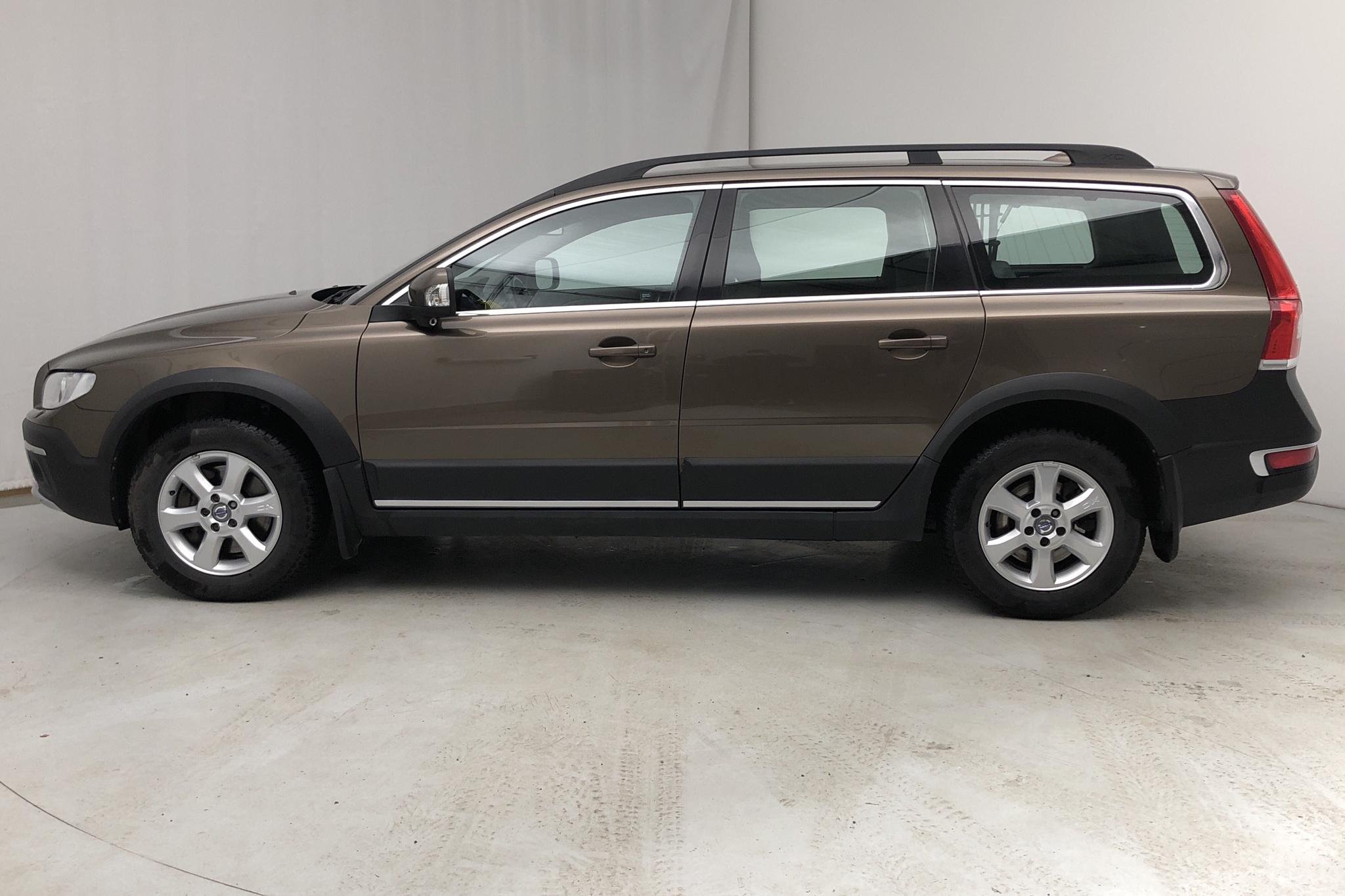 Volvo XC70 II D4 AWD (181hk) - 141 850 km - Automatic - brown - 2015