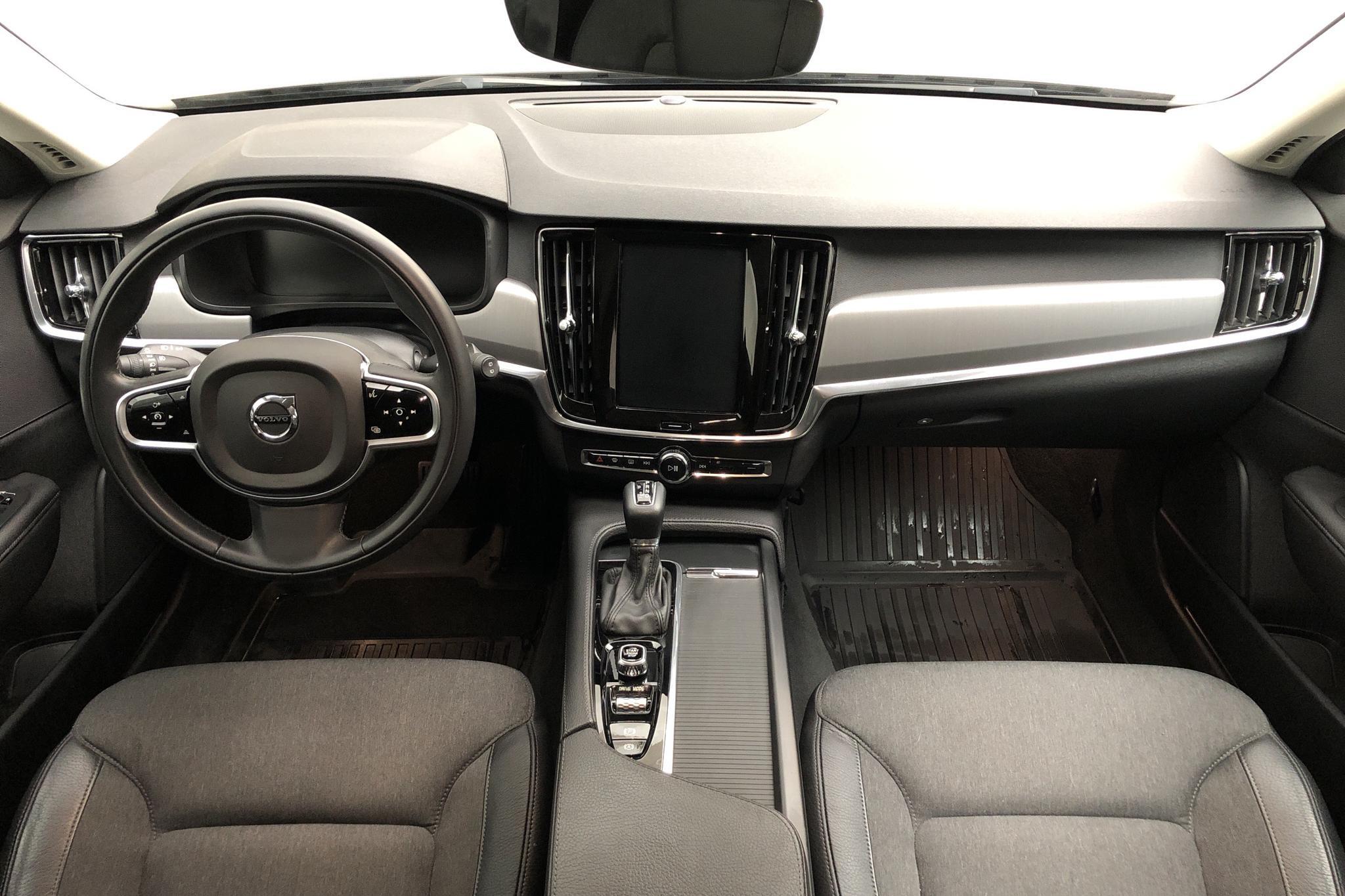 Volvo V90 D4 AWD (190hk) - 7 362 mil - Automat - svart - 2019