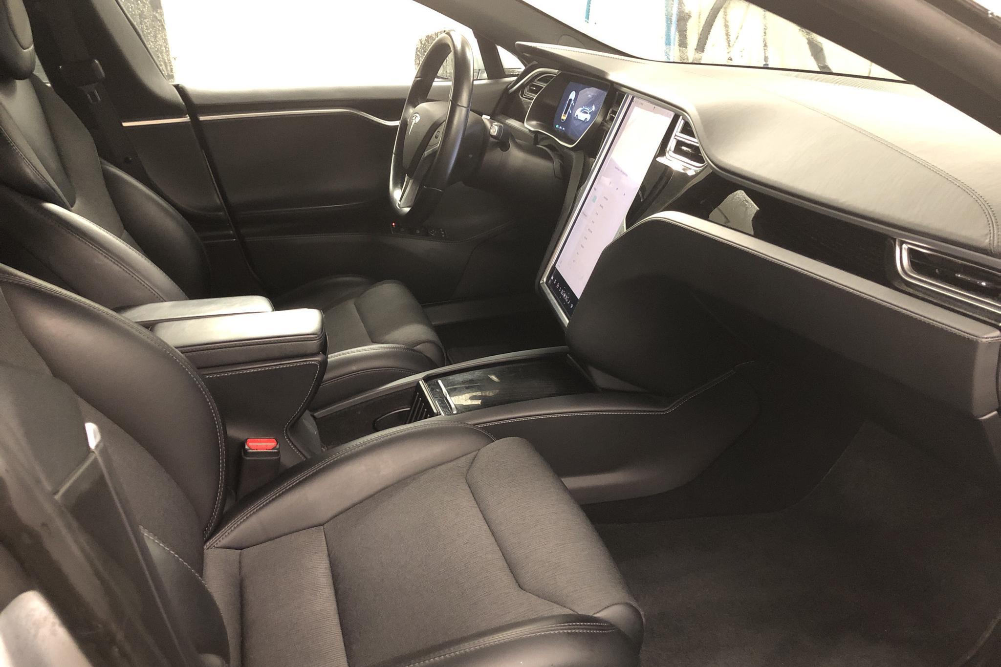 Tesla Model S 75D (525hk) - 7 404 mil - Automat - grå - 2017