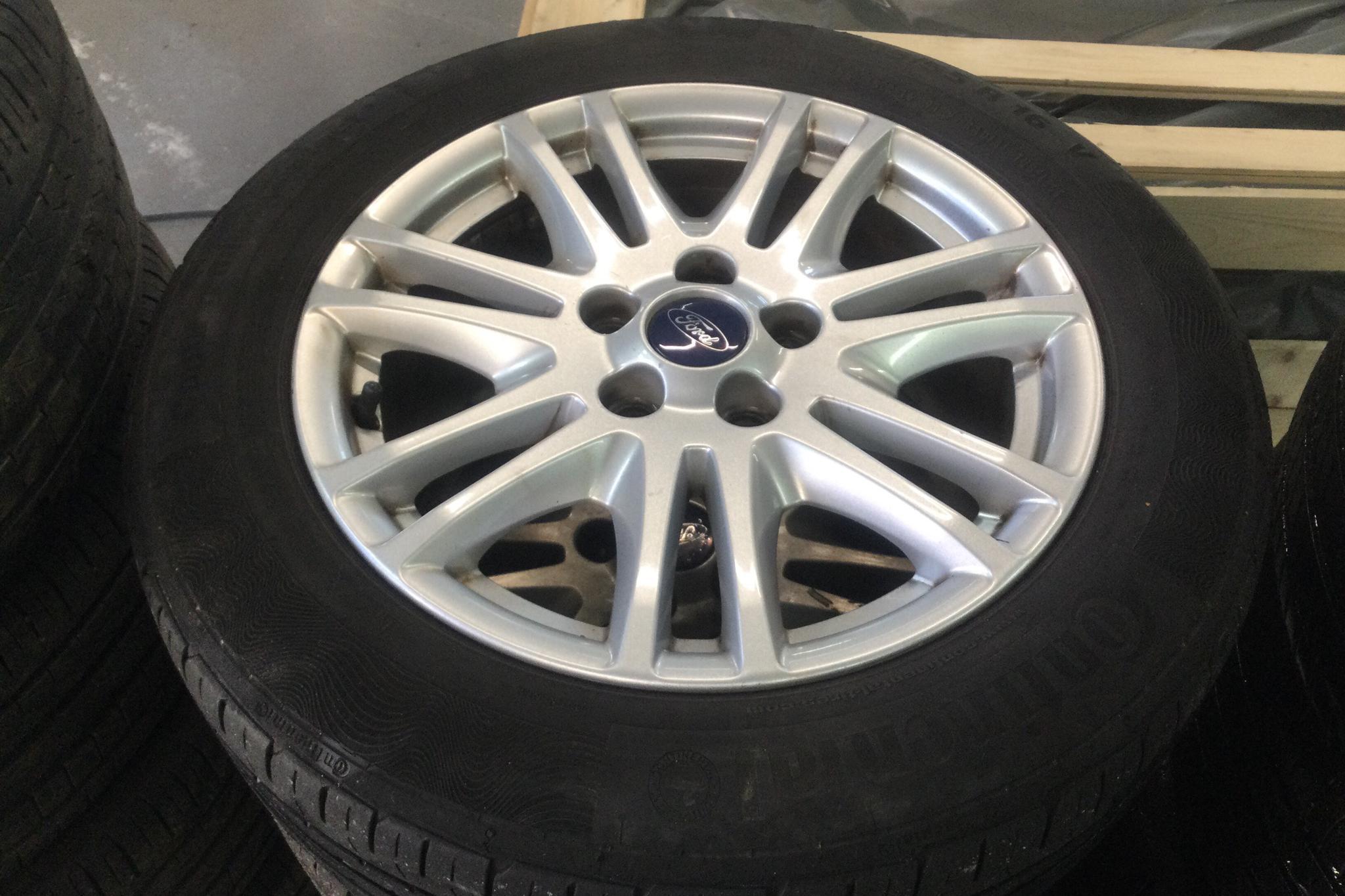 Ford Focus 1.0 EcoBoost Kombi (100hk) - 17 816 mil - Manuell - brun - 2013