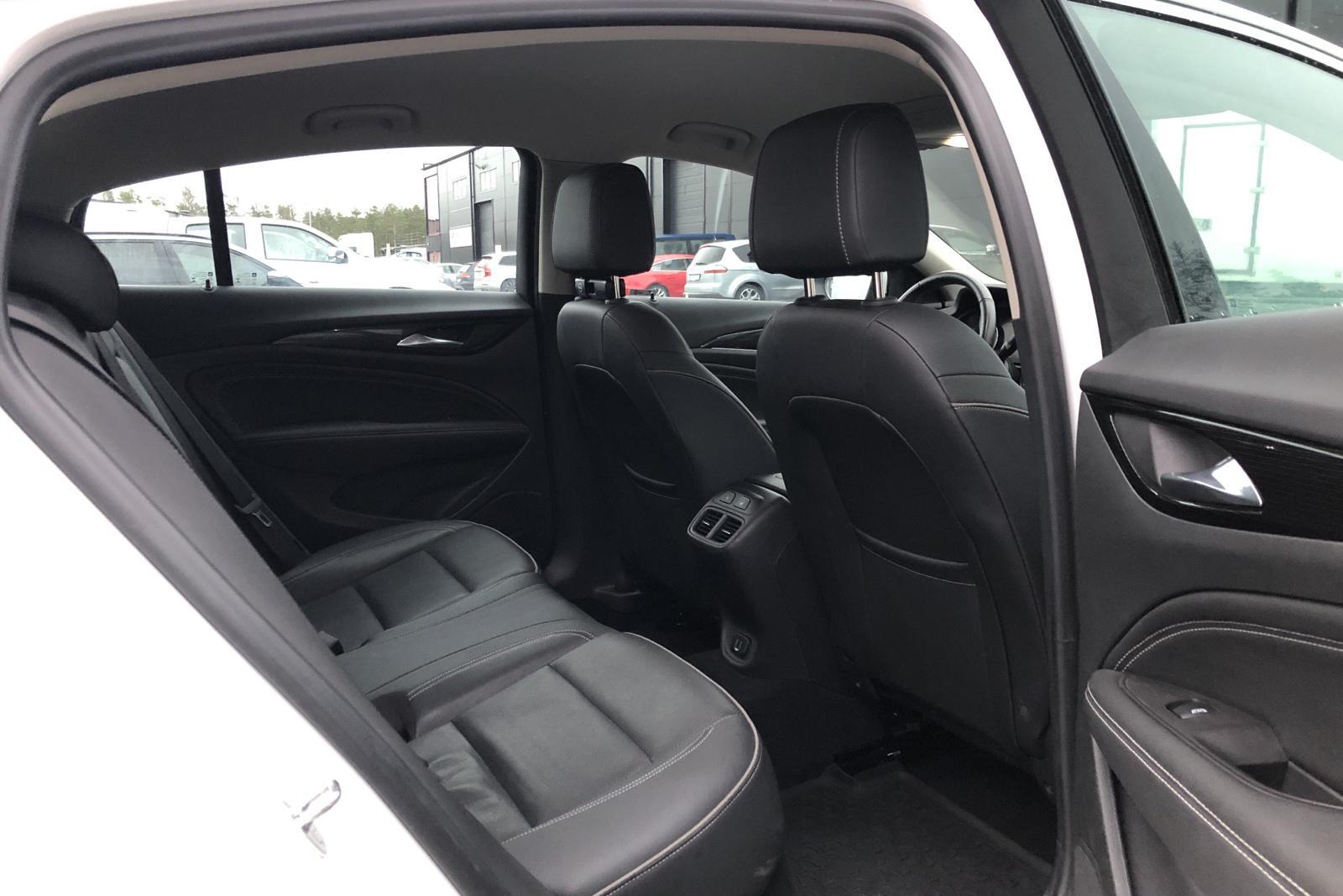 Opel Insignia 2.0 CDTI Grand Sport (170hk) - 11 542 mil - Manuell - vit - 2018