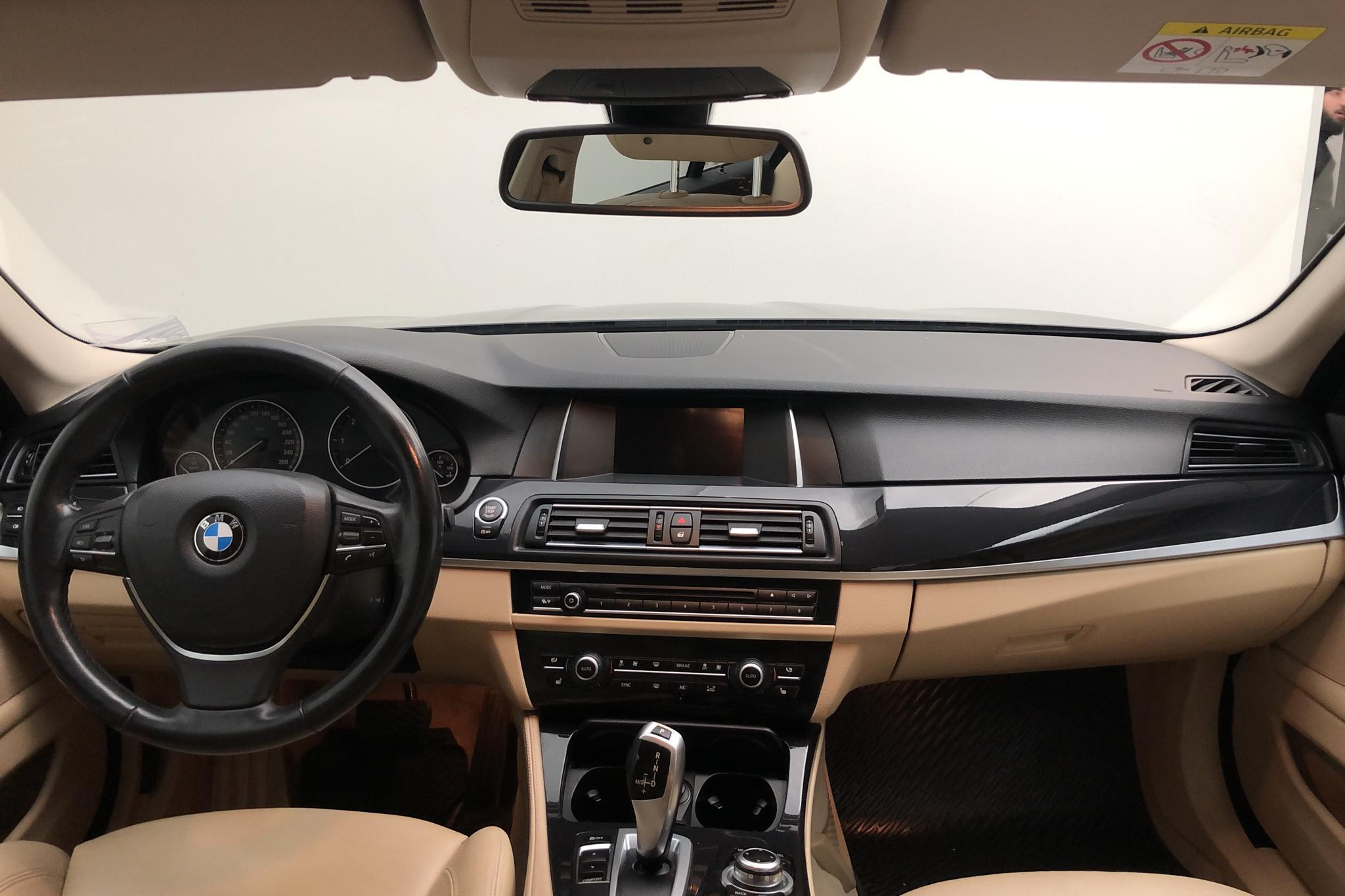 BMW 520d Touring, F11 (184hk) - 195 610 km - Automatic - black - 2014
