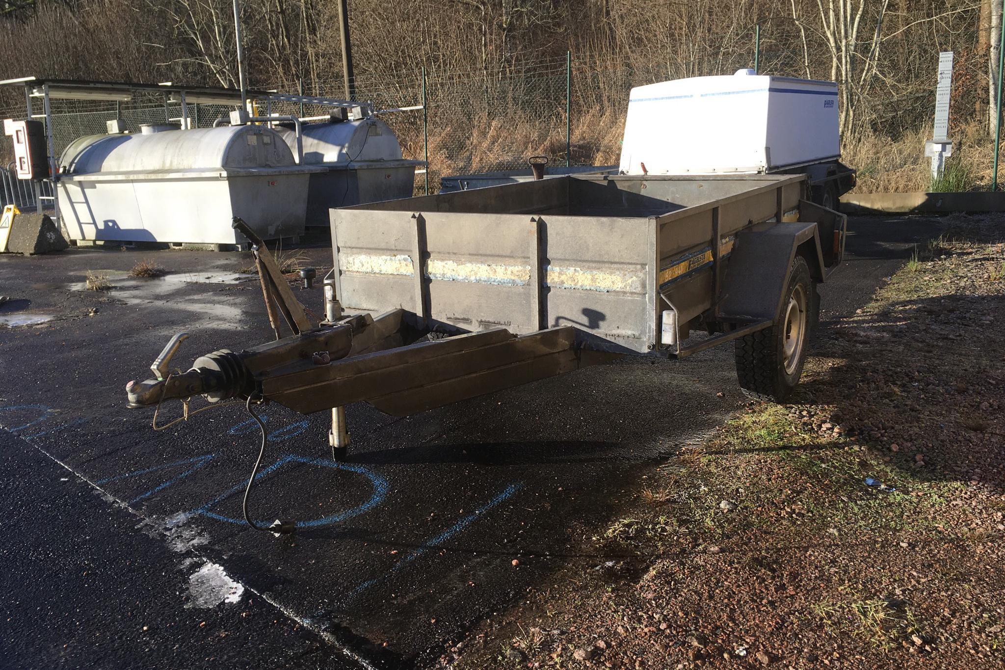 FÅGELSTA SLÄPET M1300 Släpvagn - 0 km - gray - 1989
