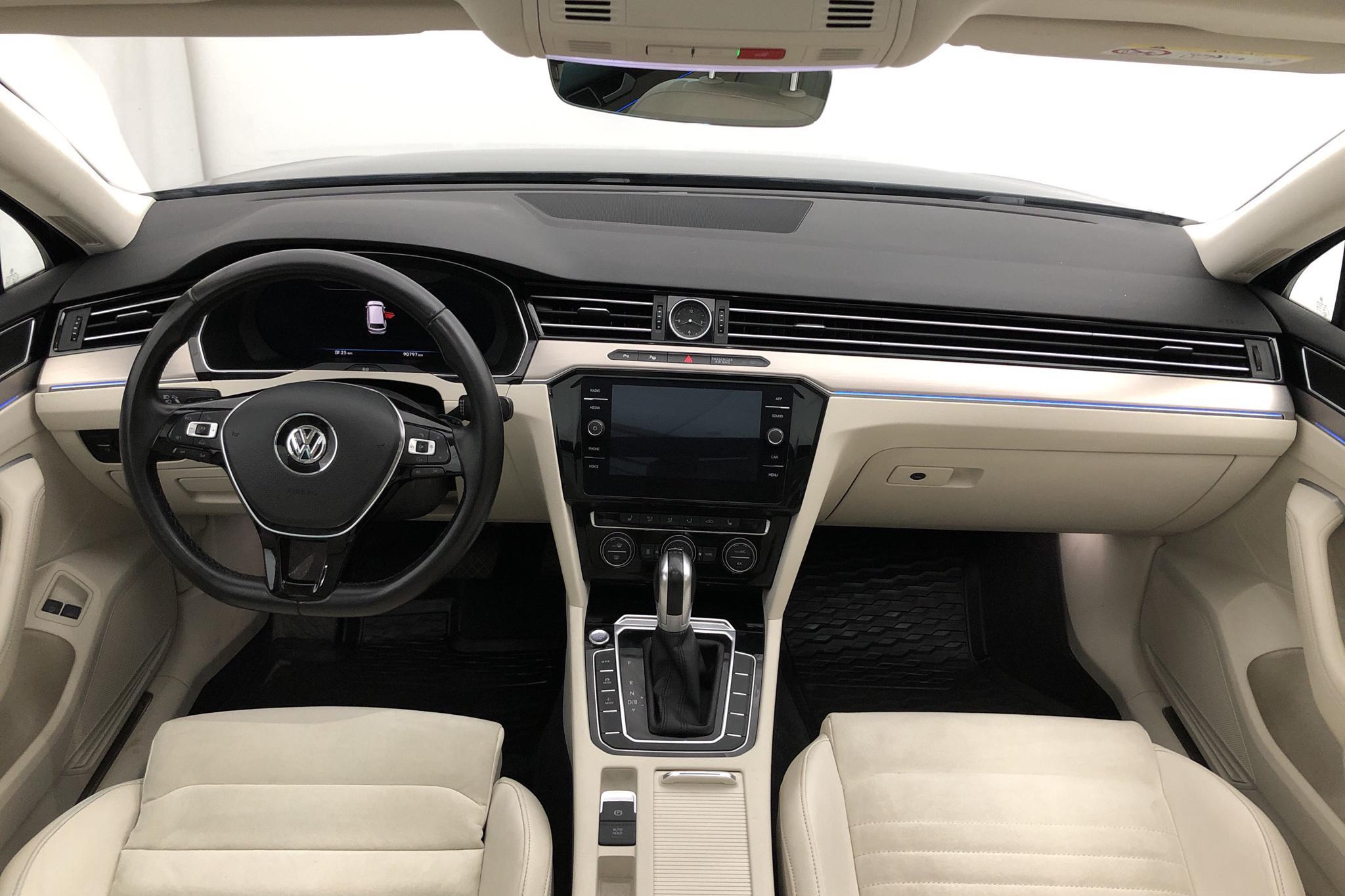 VW Passat 1.4 Plug-in-Hybrid Sportscombi (218hk) - 90 790 km - Automatic - Dark Grey - 2018