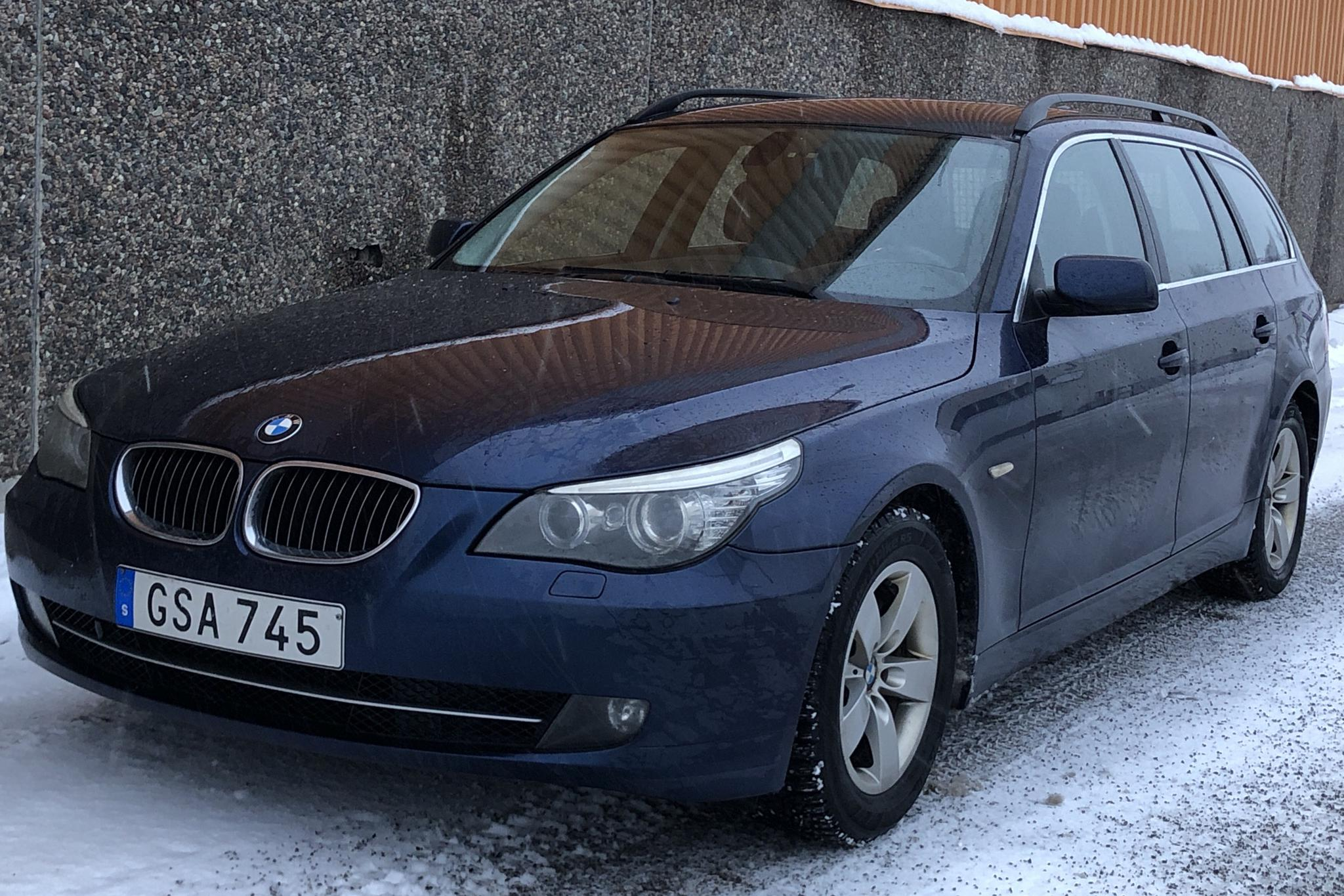 BMW 525i Touring, E61 (218hk) - 217 080 km - Manual - blue - 2008