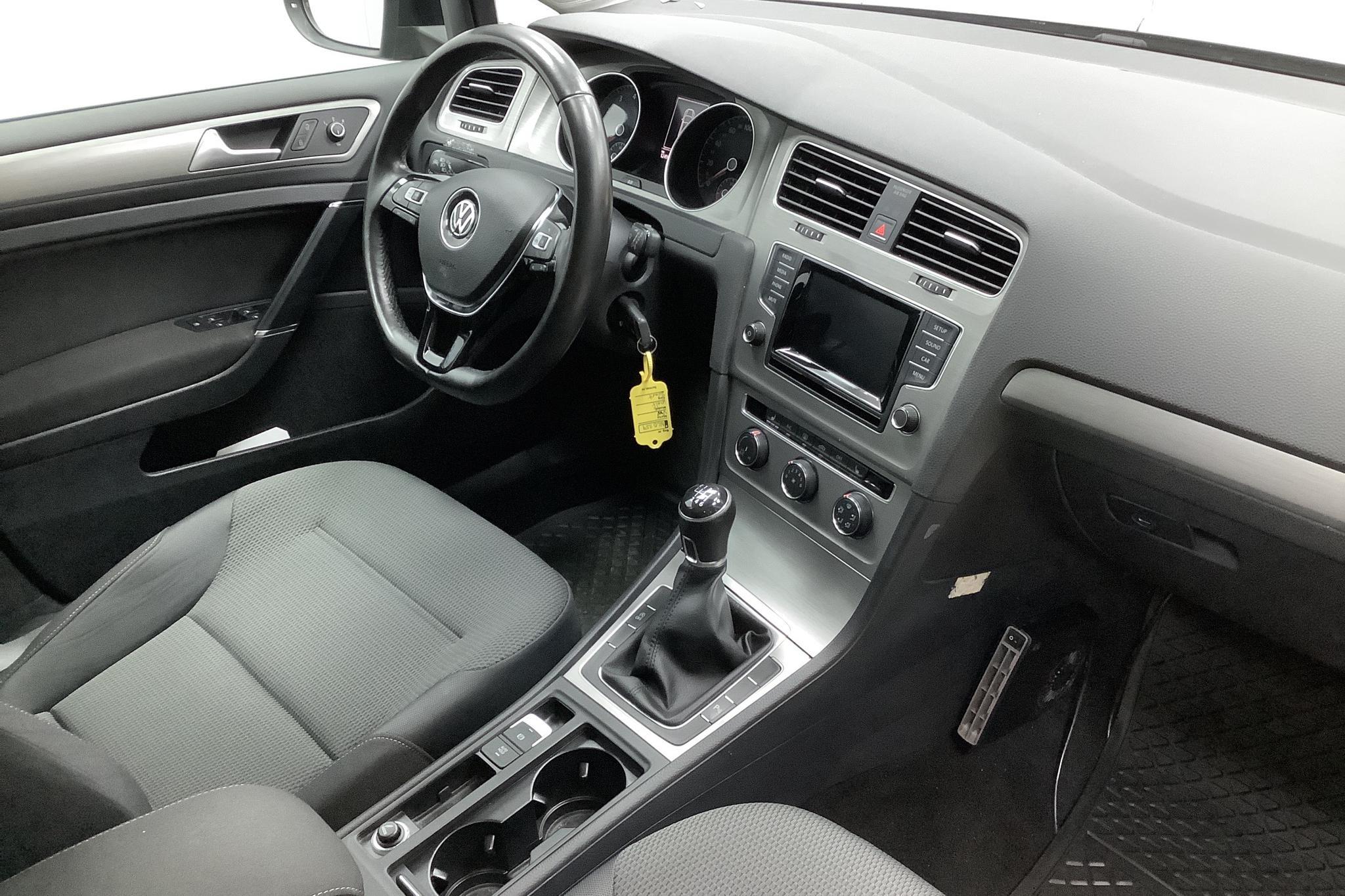 VW Golf VII 1.4 TSI Sportscombi (122hk) - 125 000 km - Manual - black - 2014