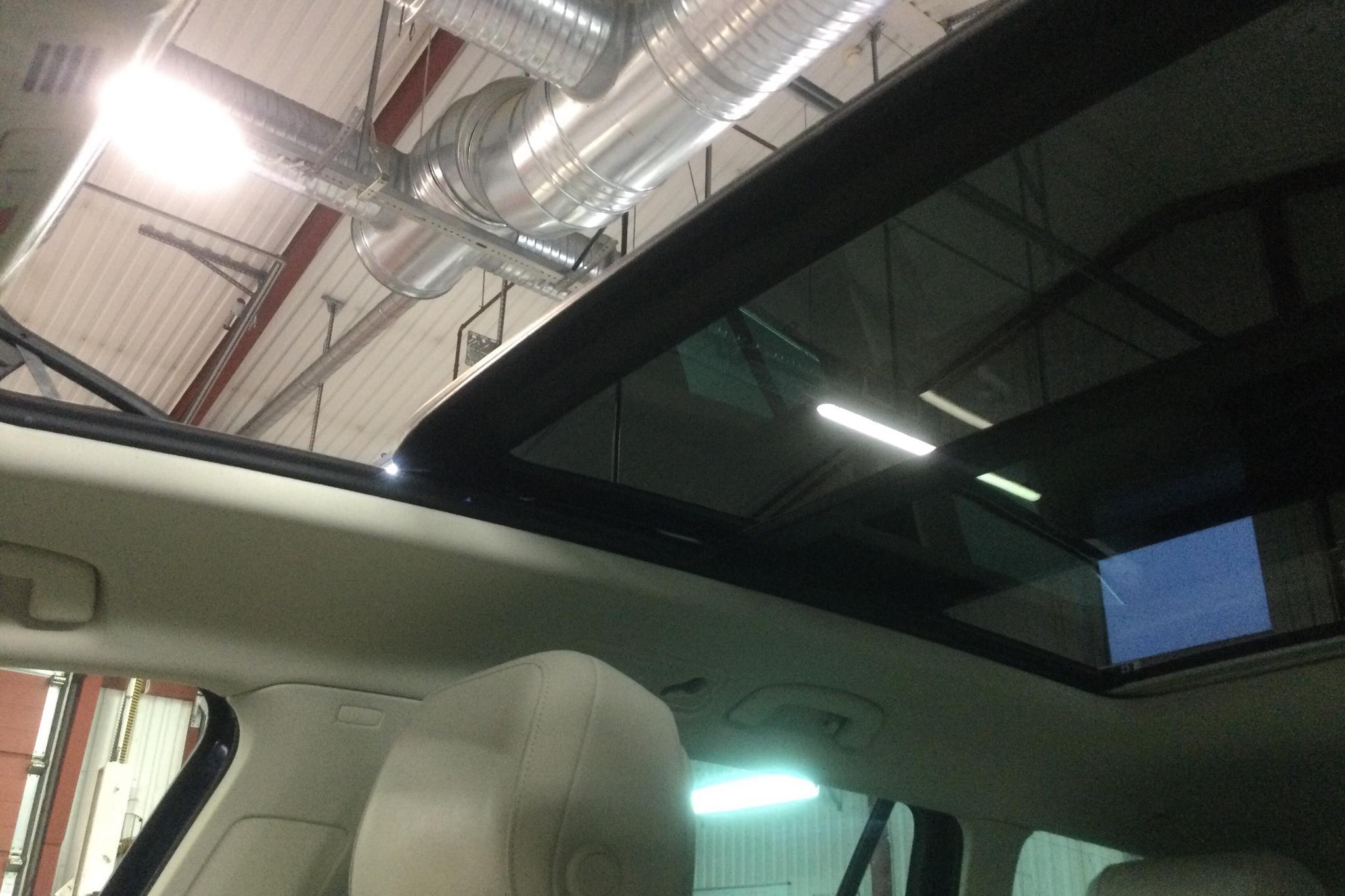 VW Passat 1.4 Plug-in-Hybrid Sportscombi (218hk) - 196 380 km - Automatic - Dark Blue - 2017