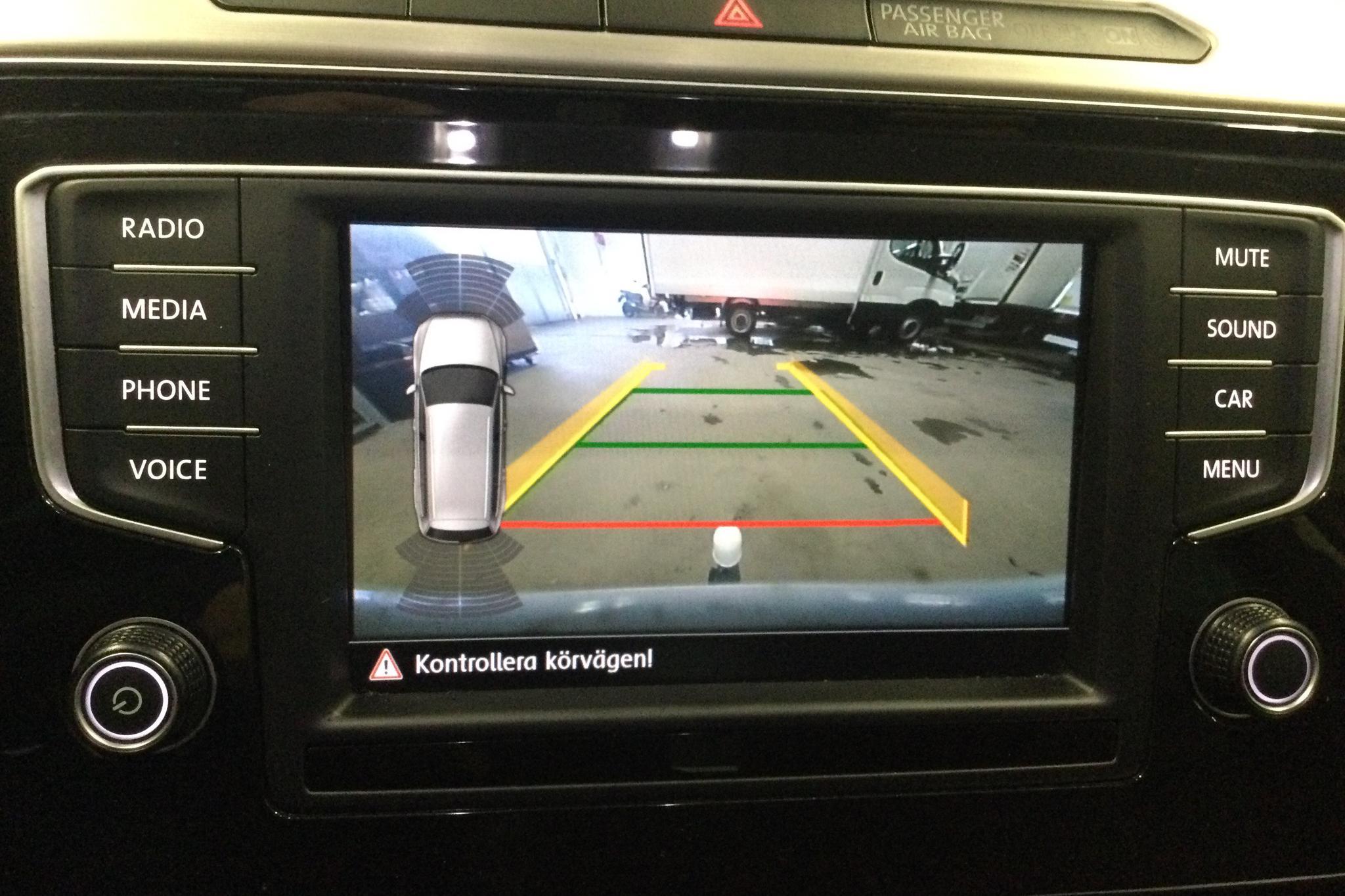 VW Passat 2.0 TDI Sportscombi 4MOTION (190hk) - 69 600 km - Automatic - white - 2017