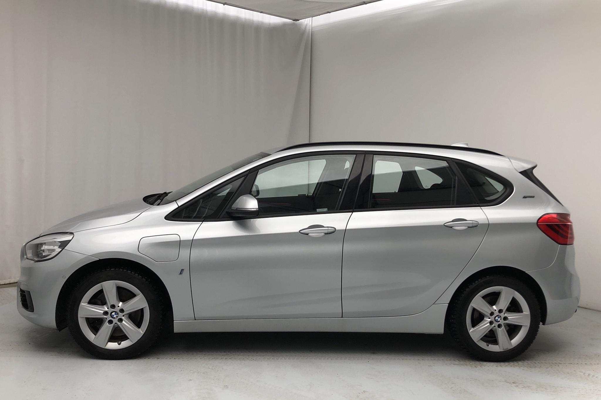 BMW 225xe Active Tourer, F45 (224hk) - 8 604 mil - Automat - silver - 2018