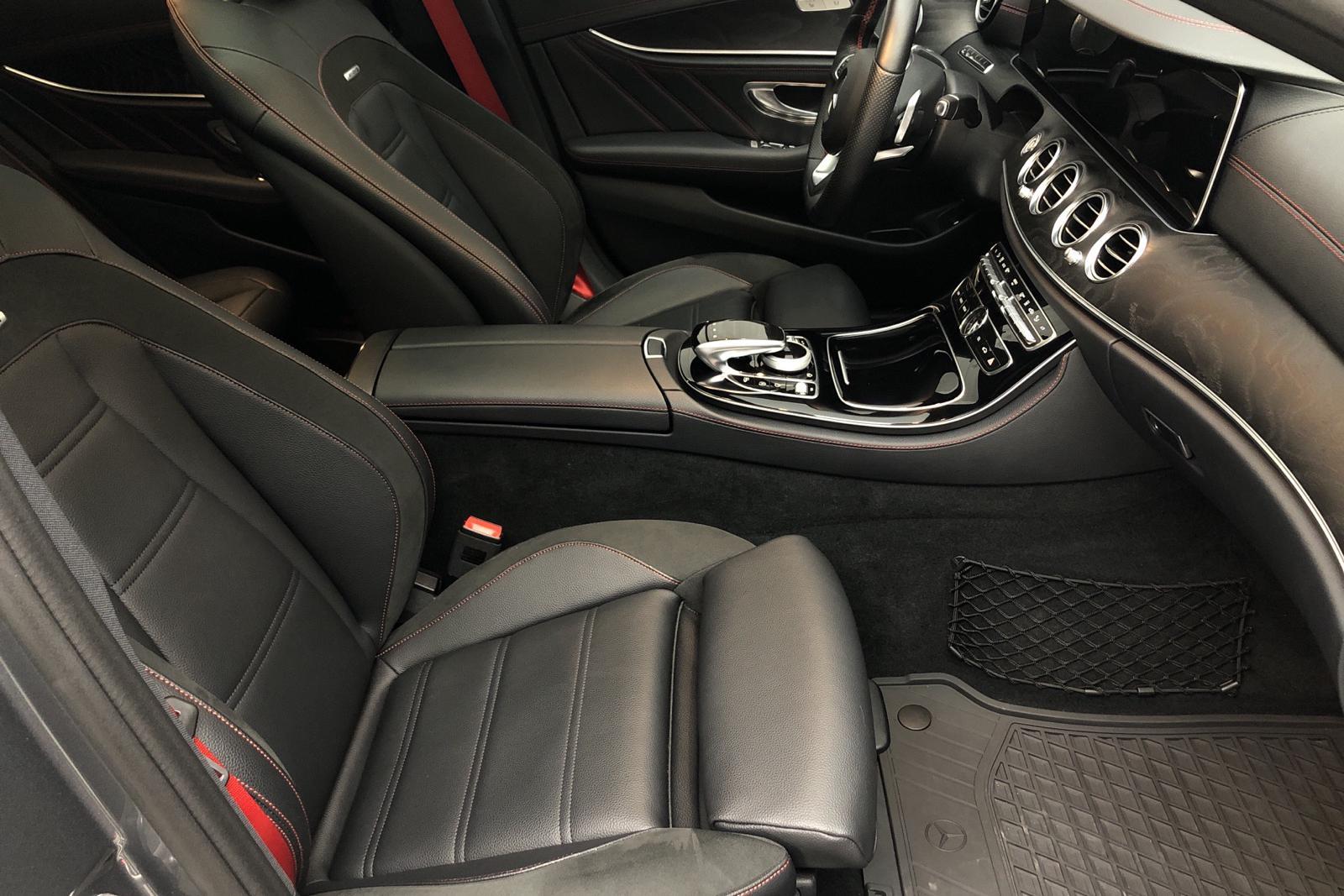 Mercedes E 43 AMG 4MATIC Sedan W213 (401hk) - 2 902 mil - Automat - grå - 2018