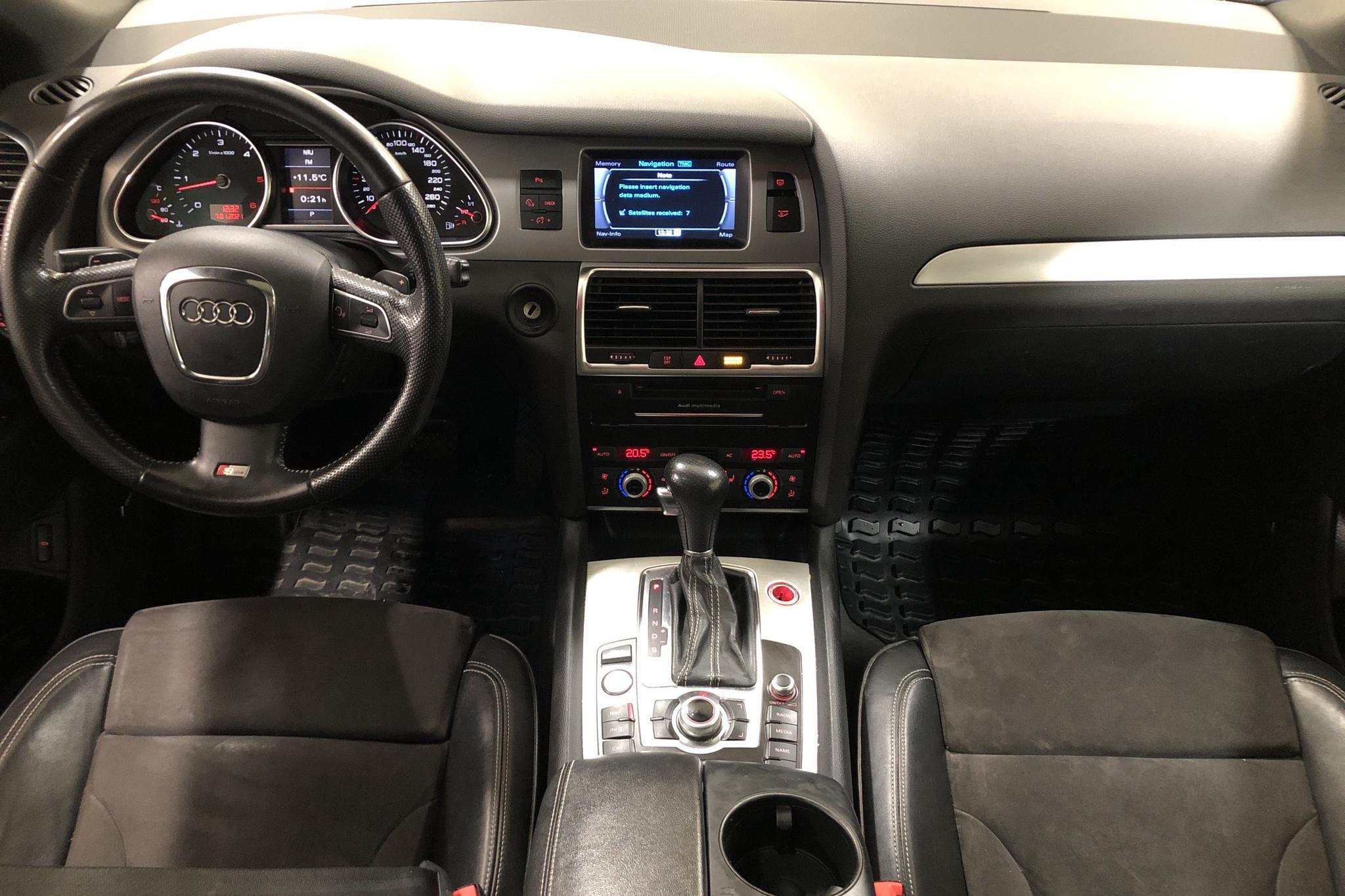 Audi Q7 4.2 TDI quattro (340hk) - 20 879 mil - Automat - svart - 2010