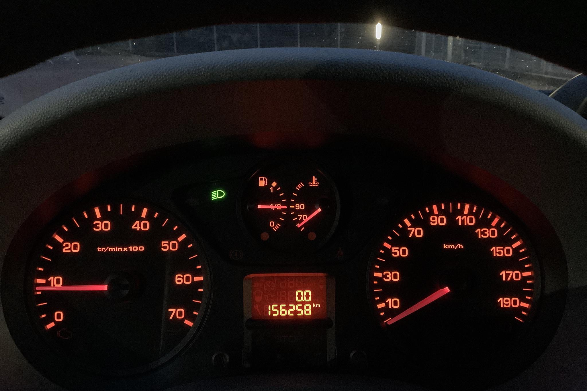 Peugeot Expert 1.6 HDI Skåp (90hk) - 15 625 mil - Manuell - vit - 2011