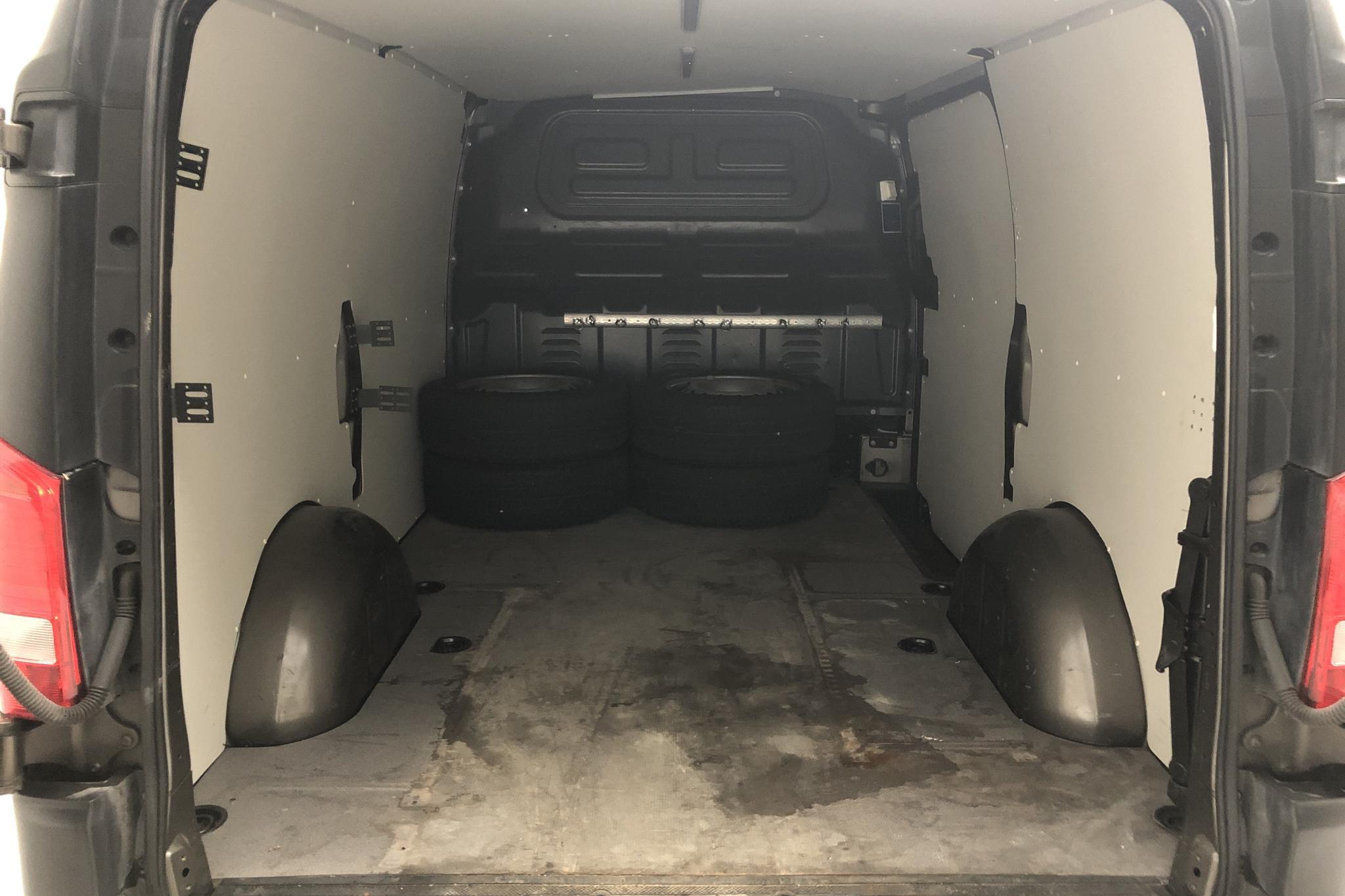 Mercedes Vito 114 CDI W640 (136hk) - 15 869 mil - Automat - grå - 2017