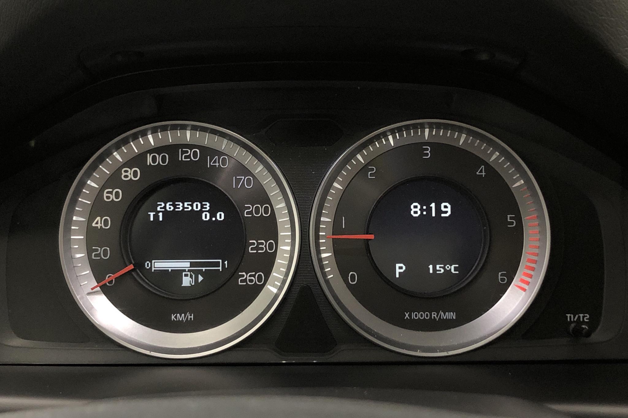 Volvo XC70 II D5 AWD (215hk) - 263 500 km - Automatic - black - 2012
