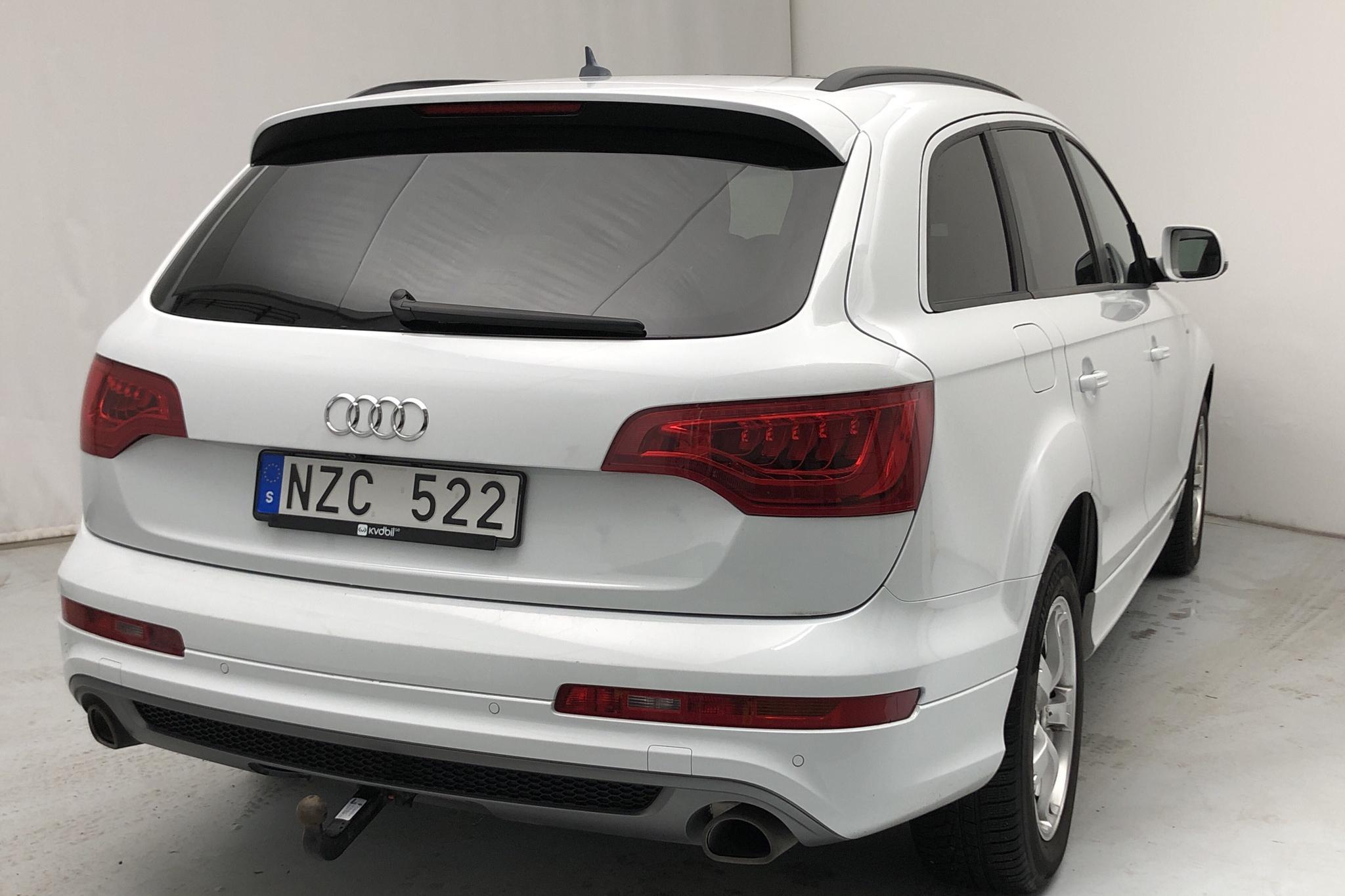 Audi Q7 3.0 TDI quattro (245hk) - 13 611 mil - Automat - vit - 2014