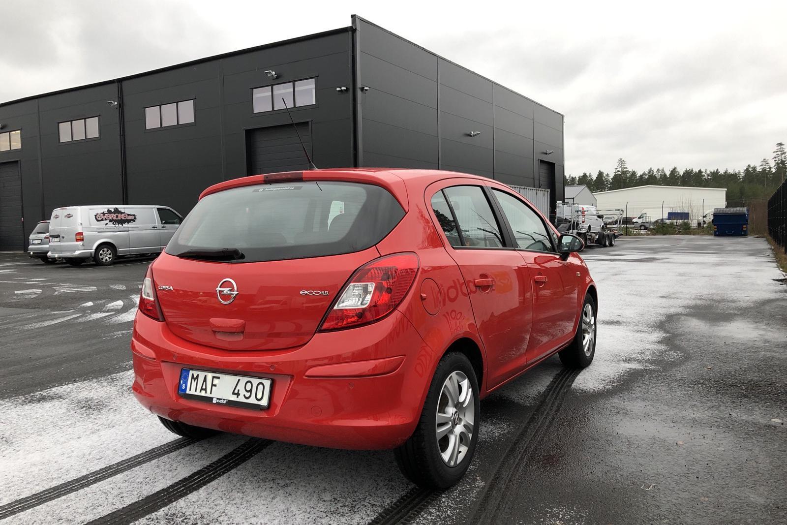 Opel Corsa 1.2 Twinport 5dr (85hk) - 88 430 km - Manual - red - 2012