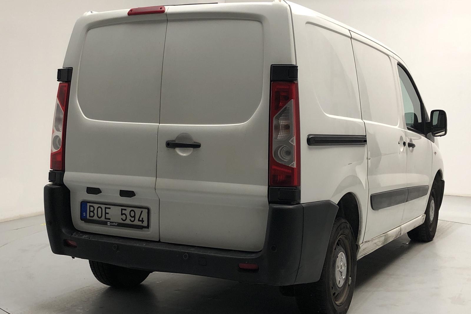 Peugeot Expert 2.0 HDI Skåp (163hk) - 240 400 km - Automatic - white - 2014