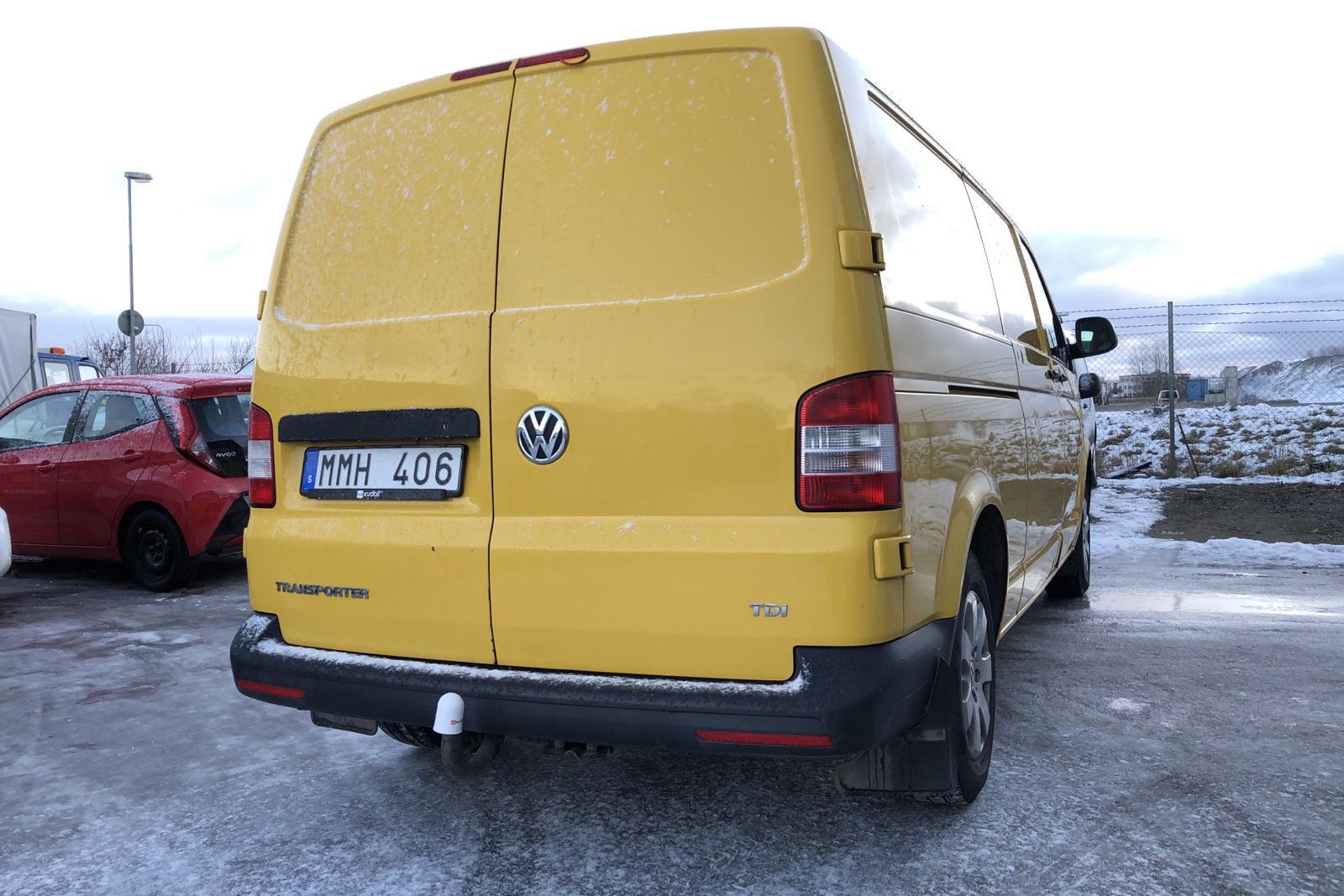 VW Transporter T5 2.0 TDI (102hk) - 205 450 km - Manual - yellow - 2014