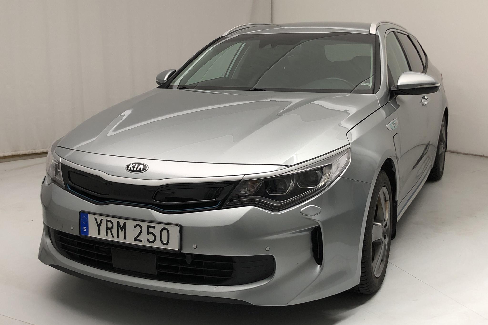 KIA Optima 2.0 GDi Plug-in Hybrid SW (205hk) - 111 990 km - Automatic - gray - 2018