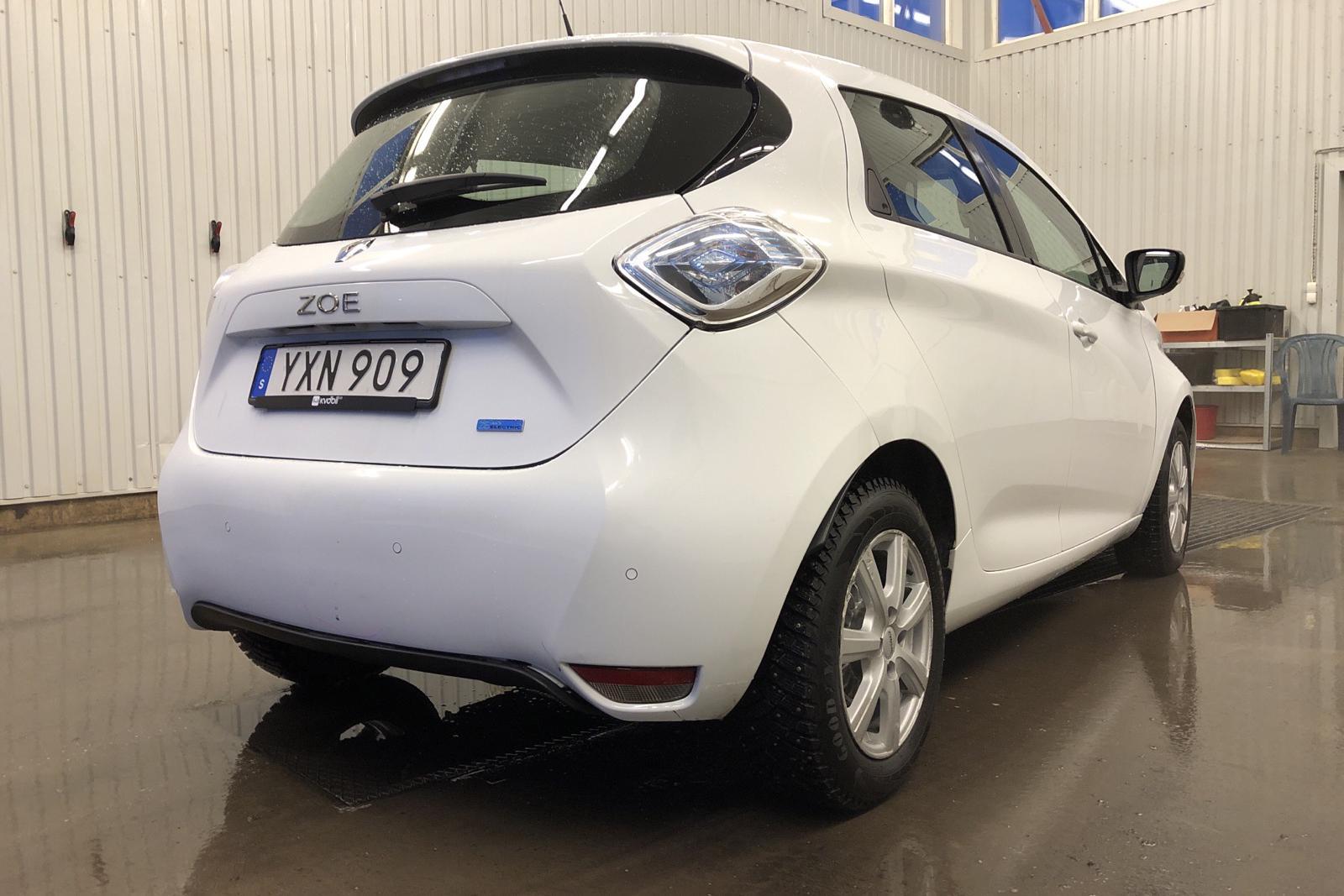 Renault Zoe 41 kWh R90 (92hk) - 82 440 km - Automatic - white - 2019