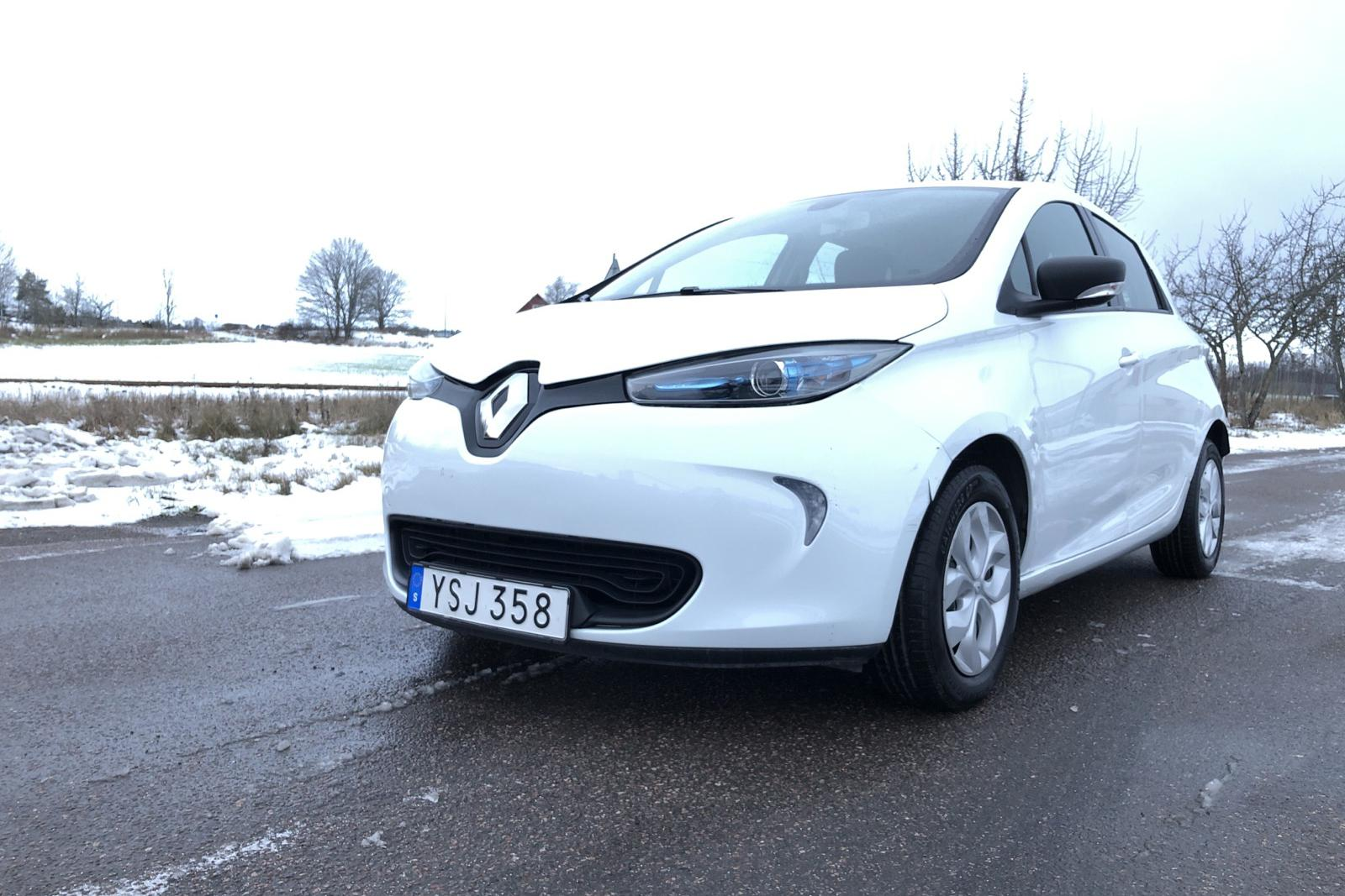 Renault Zoe 41 kWh R90 (92hk) - 76 820 km - Automatic - white - 2019