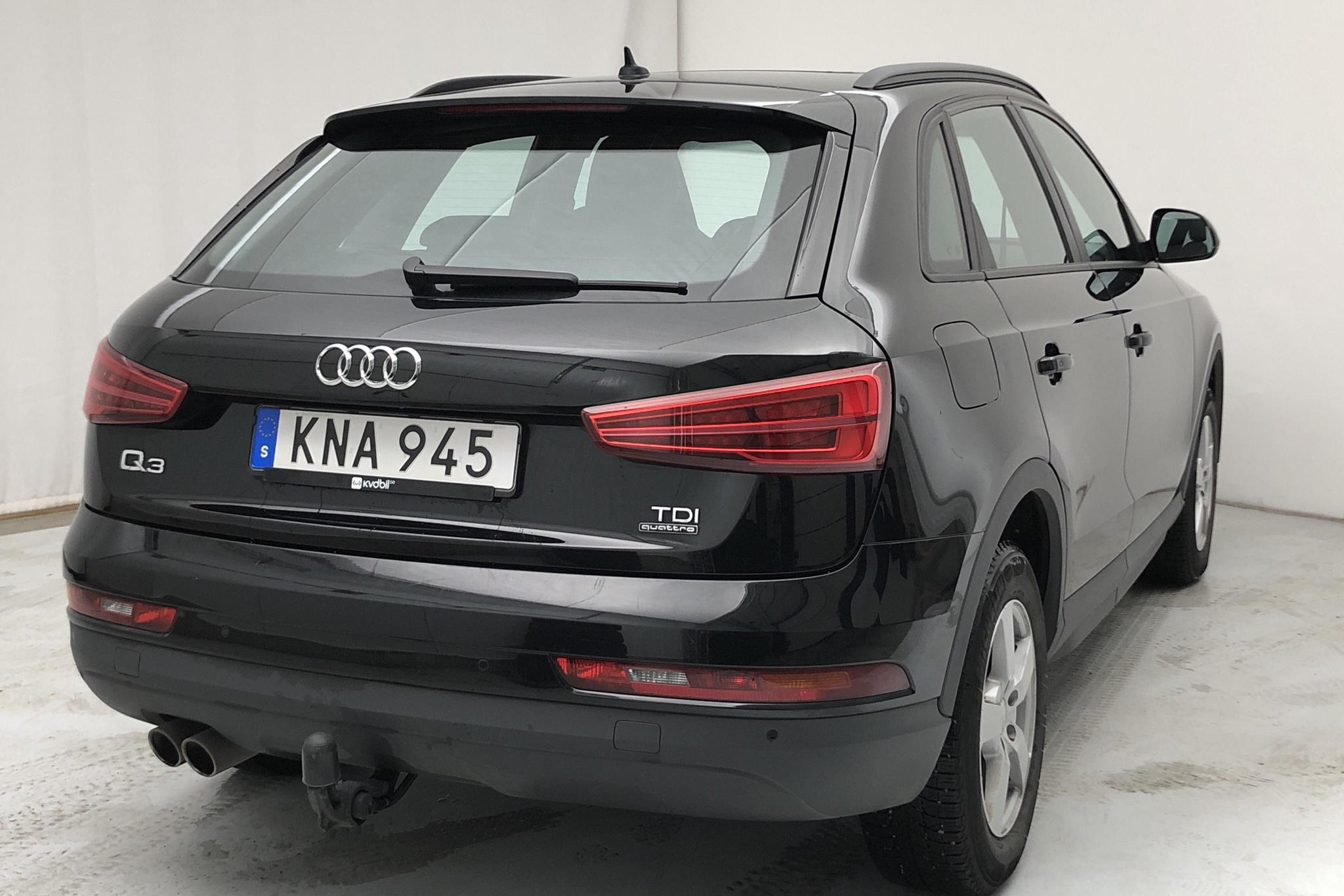 Audi Q3 2.0 TDI quattro (184hk) - 4 501 mil - Automat - svart - 2016