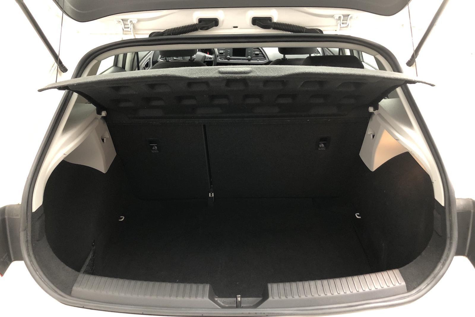 Seat Leon 1.2 TSI 5dr (110hk) - 33 120 km - Manual - white - 2017