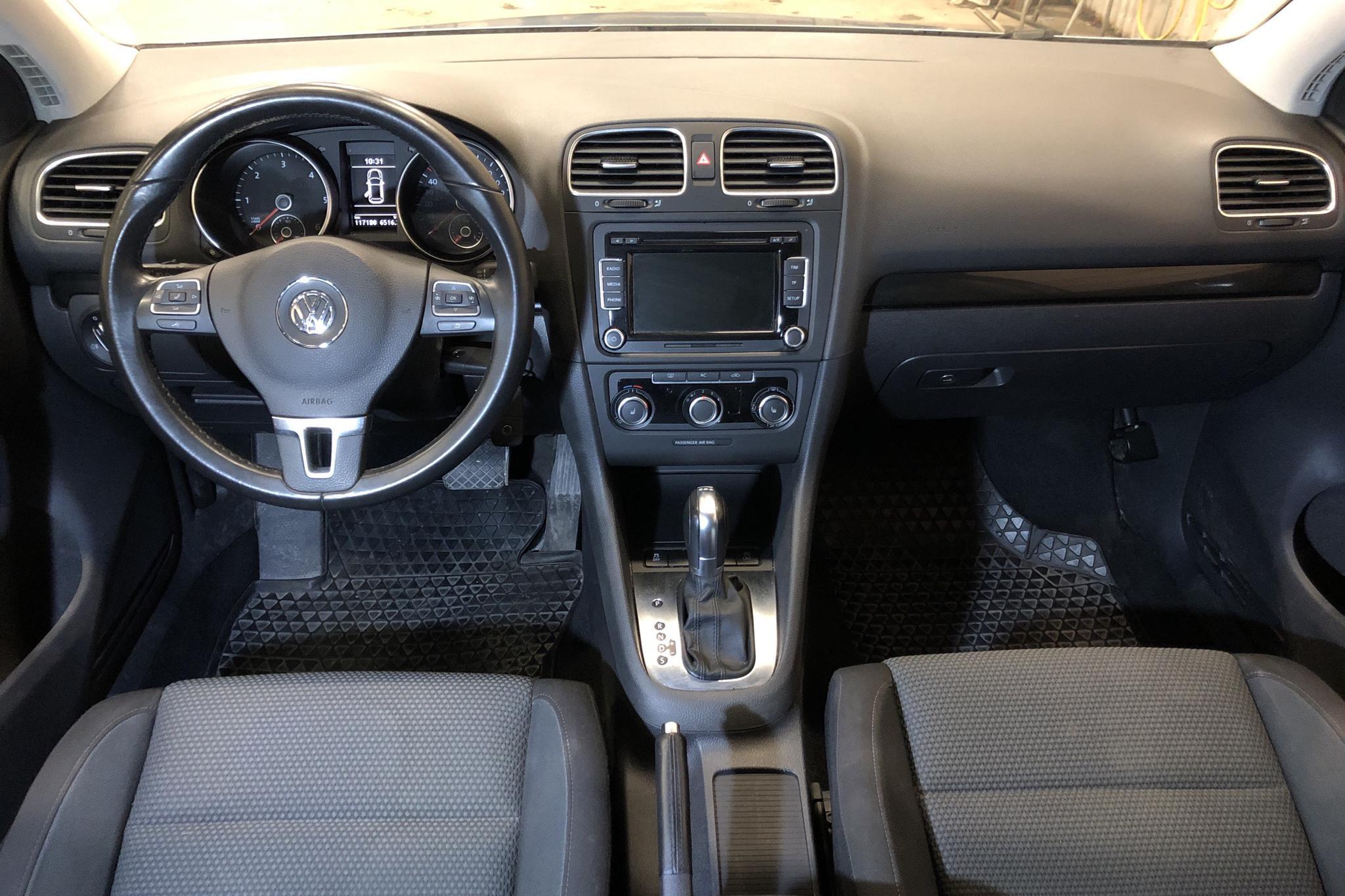 VW Golf VI 1.6 TDI BlueMotion Technology 5dr (105hk) - 117 200 km - Automatic - Light Blue - 2011